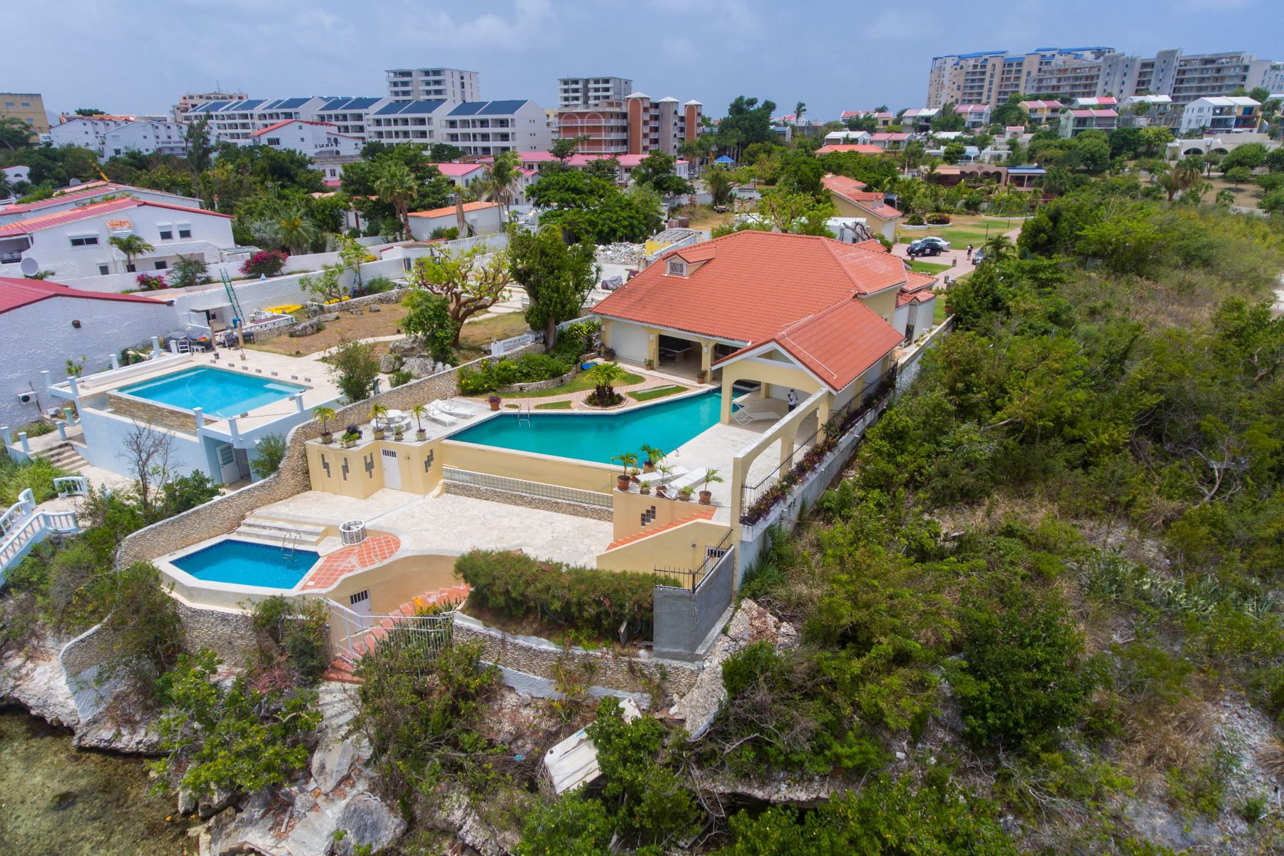 Single Family Homes for Sale at Villa di Famaglia Cozzolino Cupecoy, Cities In Sint Maarten St. Maarten