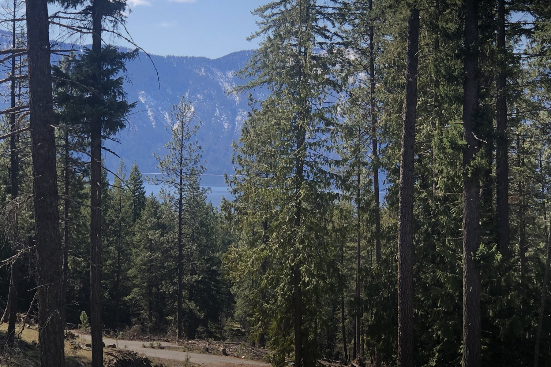 Terreno por un Venta en Waterview Lot in Antler Point Estates B2 L5 Alyssa Court Hope, Idaho 83836 Estados Unidos