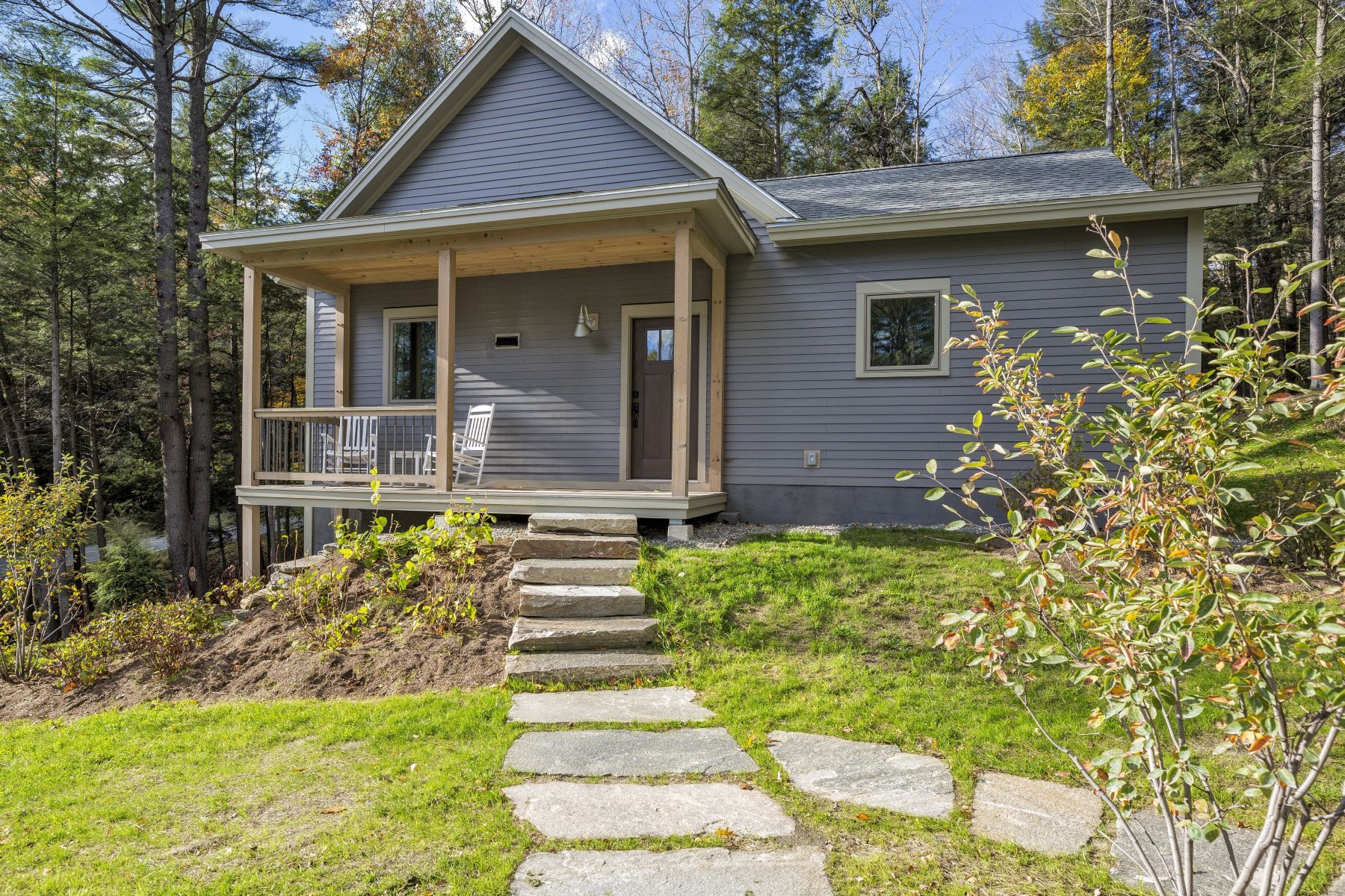 Single Family Homes for Sale at Three Bedroom Farmhouse in Quechee Lakes 1047 Willard Rd 5209 Hartford, Vermont 05059 United States