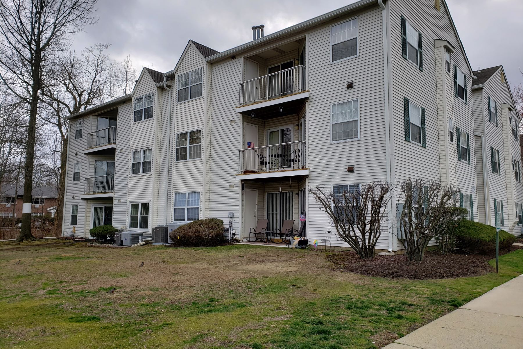 Condominiums for Sale at Gateway Park 231 Atlantic St 54 Keyport, New Jersey 07735 United States