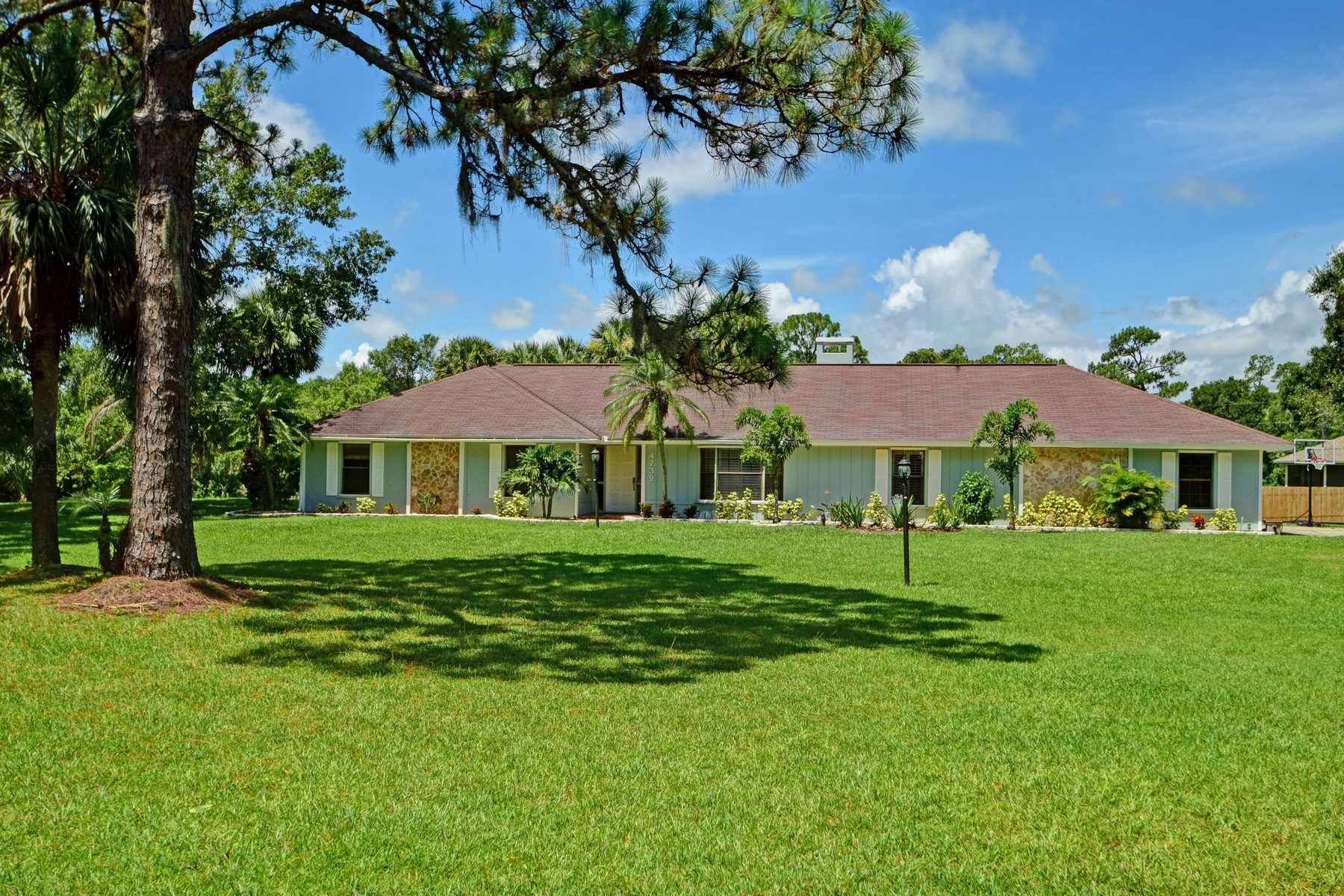 Single Family Home for Sale at The Lindsey Pines Estate 4739 61st Circle Vero Beach, Florida, 32967 United States