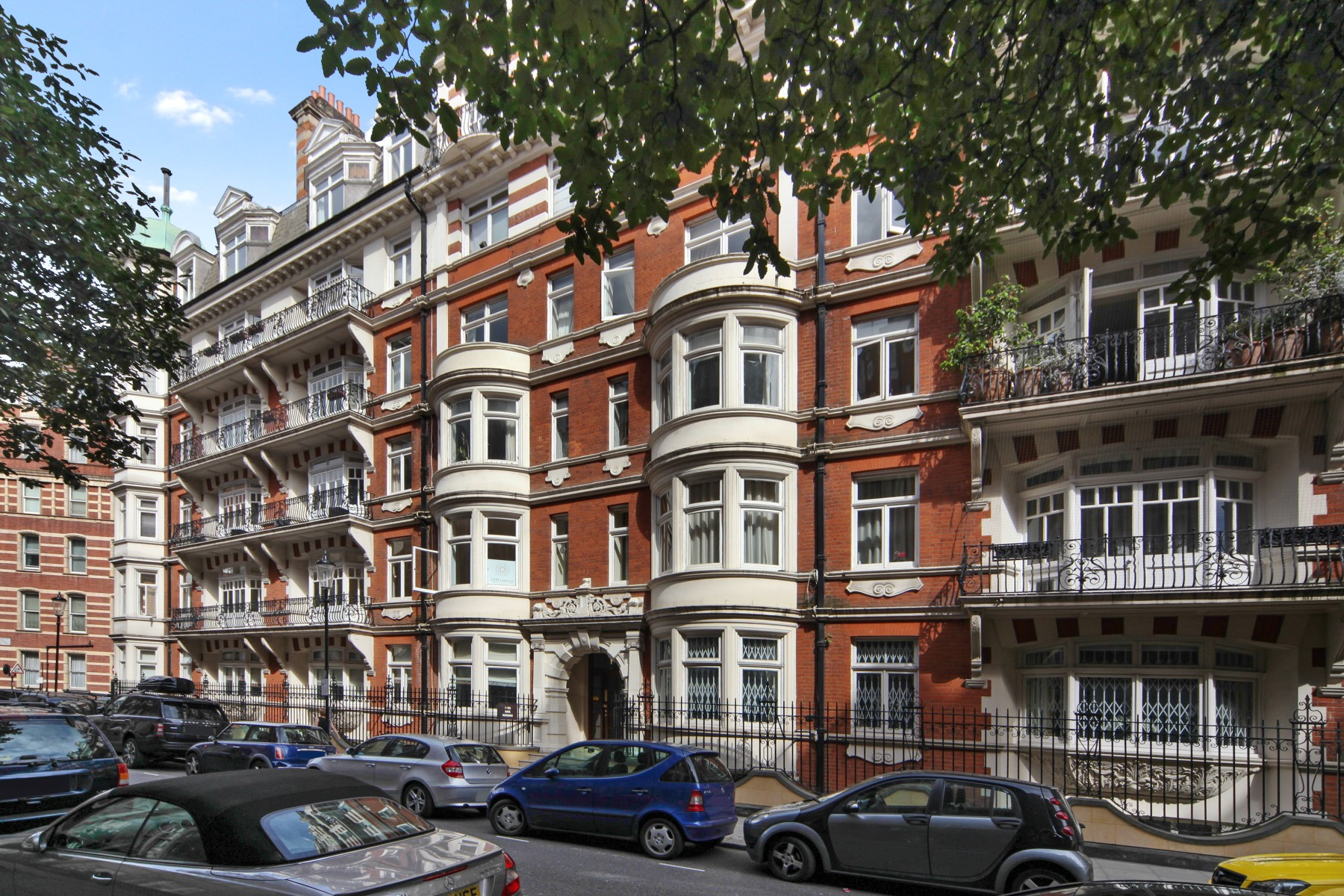 Apartment for Sale at Basil Street, Knightsbridge London, England, United Kingdom