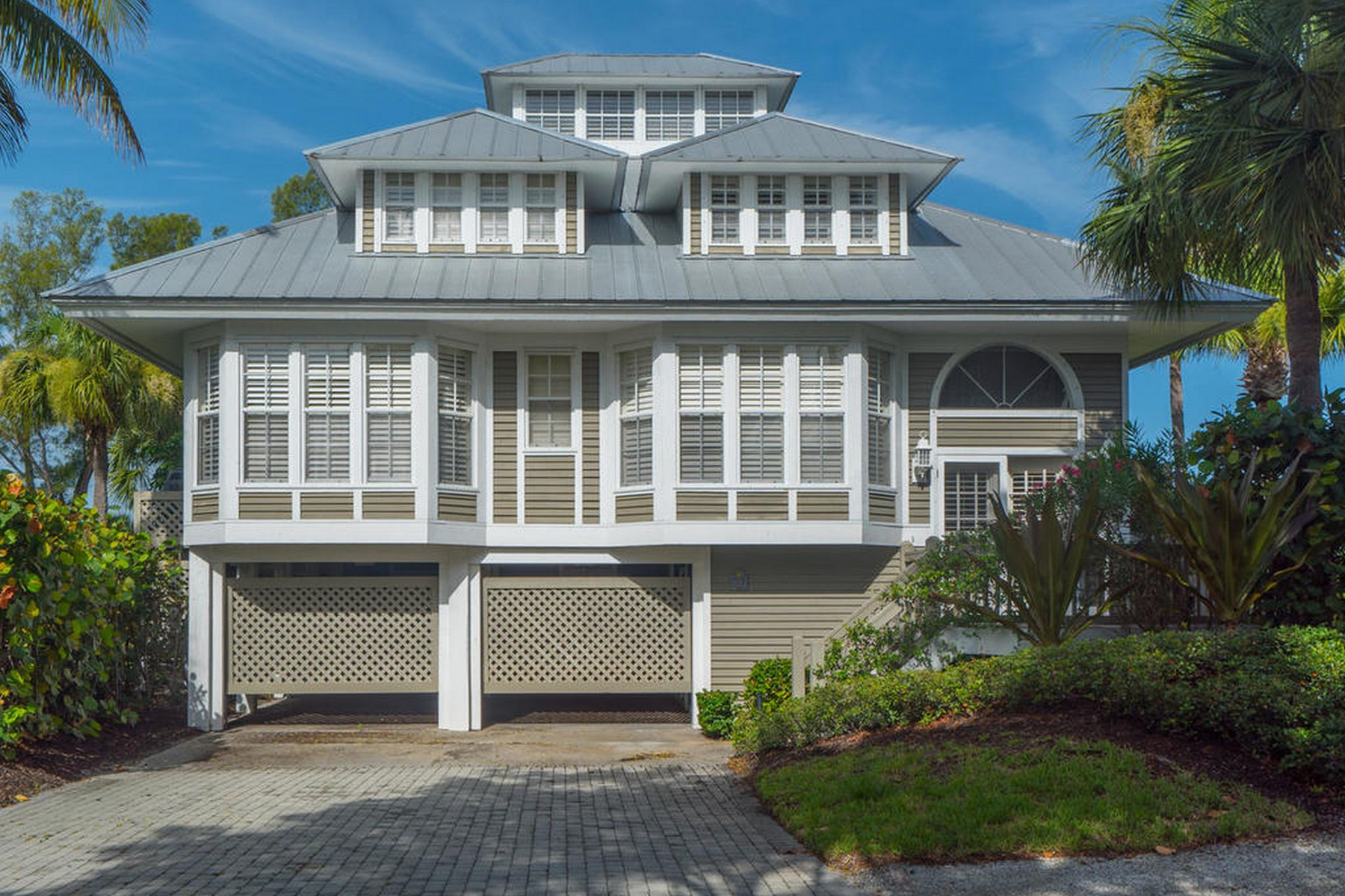 Single Family Home for Rent at Seawatch #10 10 Seawatch Drive Seawatch #10, Boca Grande, Florida, 33921 United States