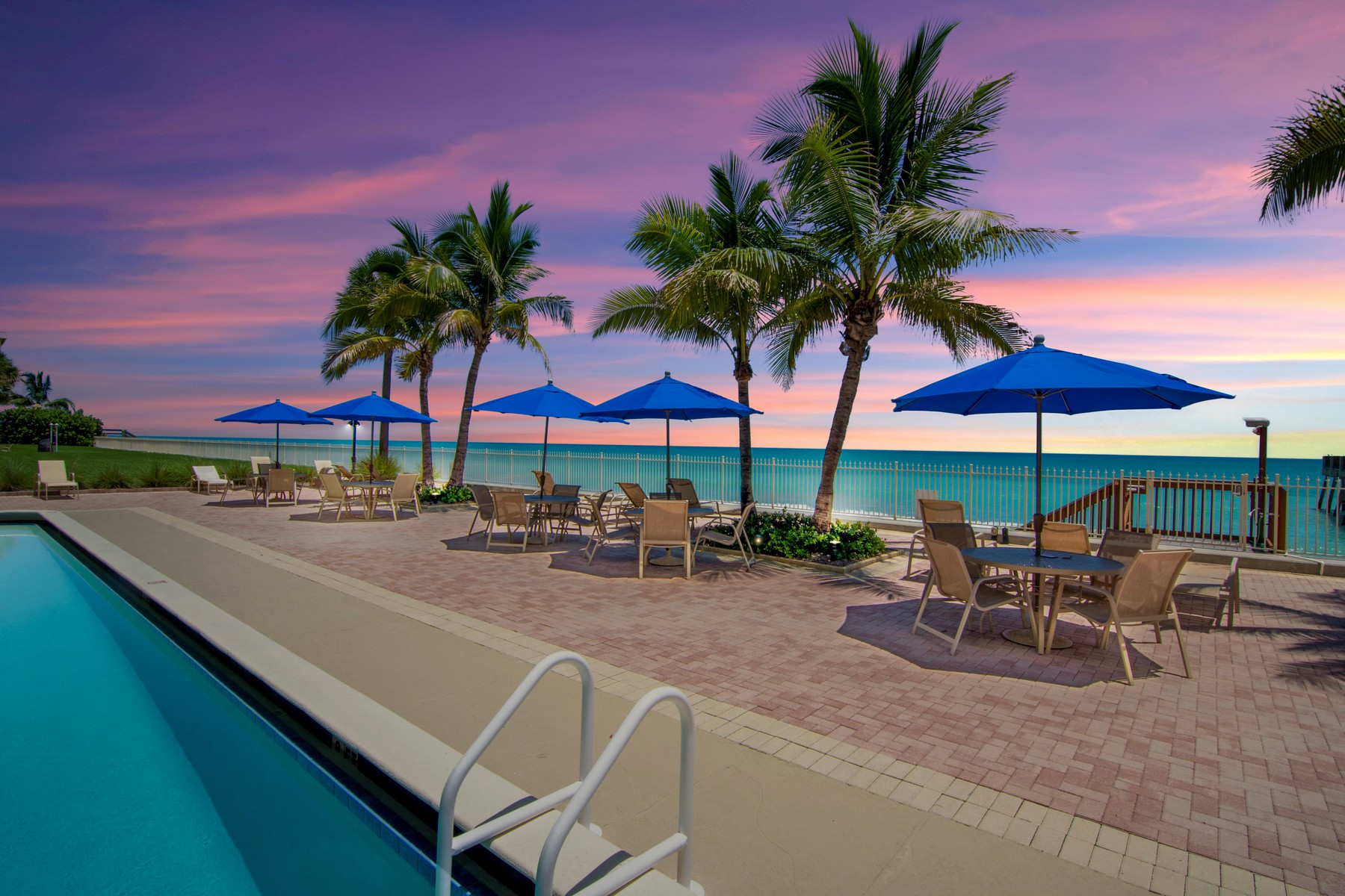 Direct Oceanfront Opulent Three Bedroom With Garage 4800 Highway A1A #116 Vero Beach, Florida 32963 Estados Unidos