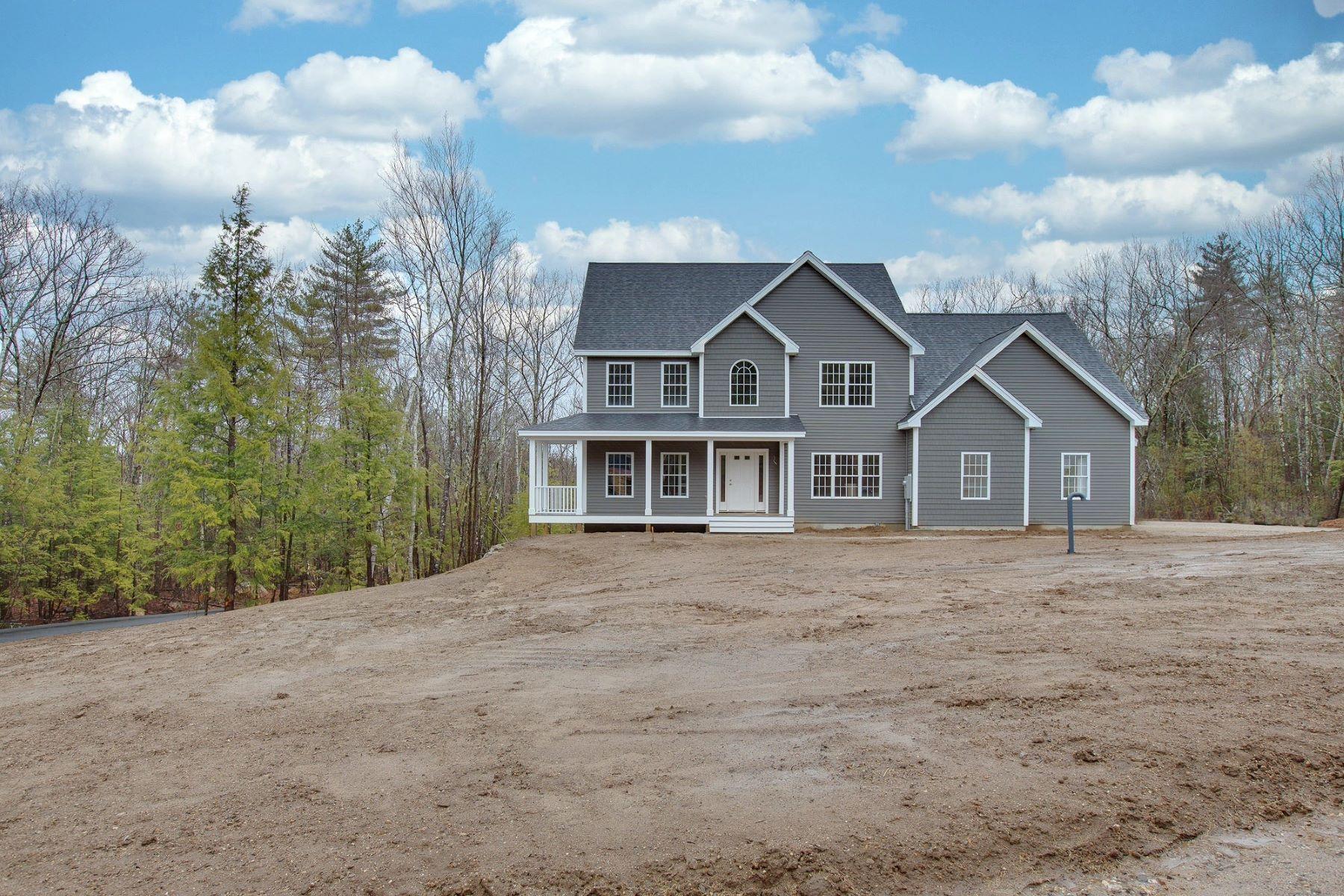 Single Family Homes 为 销售 在 New Construction Craftsman Home in New Boston 109 Indian Falls Road 88-4 New Boston, 新罕布什尔州 03070 美国