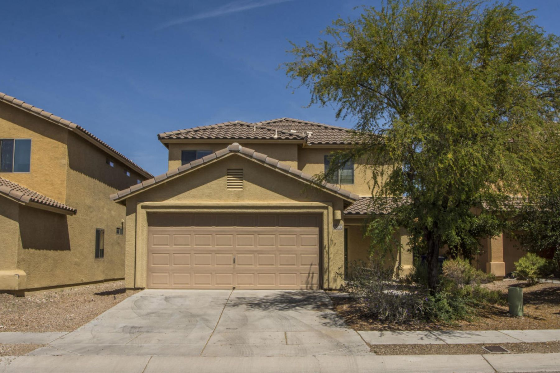 Частный односемейный дом для того Продажа на Great Neighborhood! 4047 E Angel Spirit Drive Tucson, Аризона, 85756 Соединенные Штаты