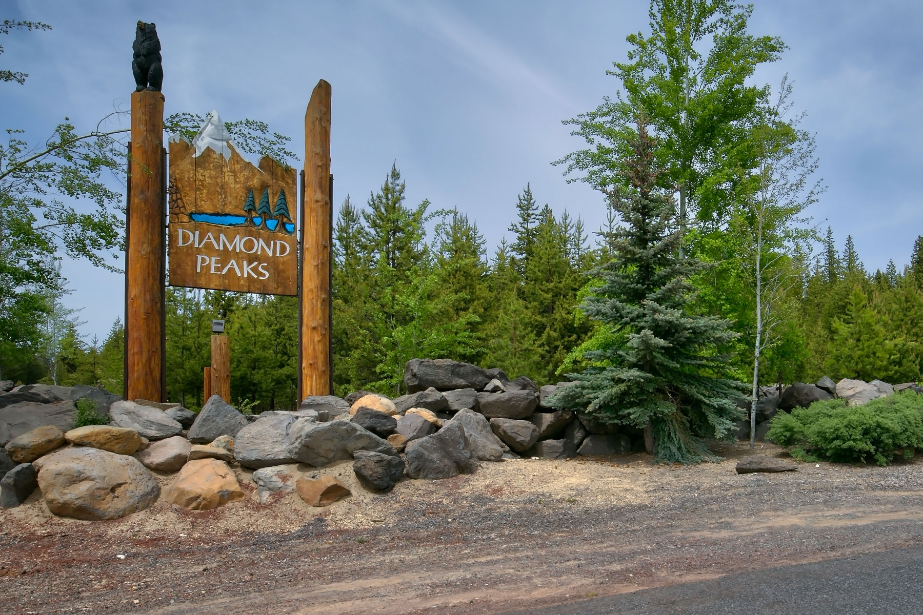 Single Family Home for Sale at Diamond Peaks 142016 Blue Sky Way Crescent, Oregon, 97733 United States