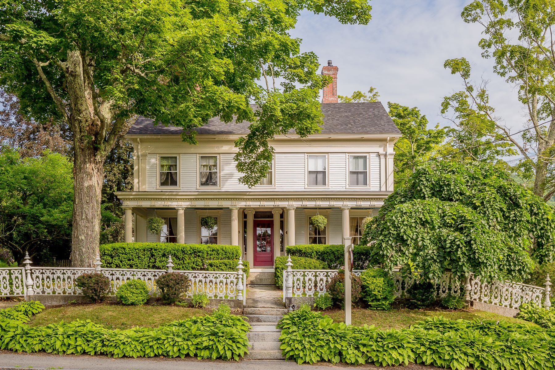 Bed and Breakfast Homes للـ Sale في Camden, Maine 04843 United States