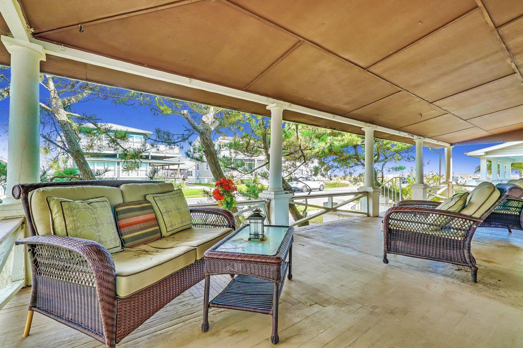 Tek Ailelik Ev için Satış at Located Near Ocean, Beach, Boardwalk 103 20th Ave, Belmar, New Jersey, 07719 Amerika Birleşik Devletleri