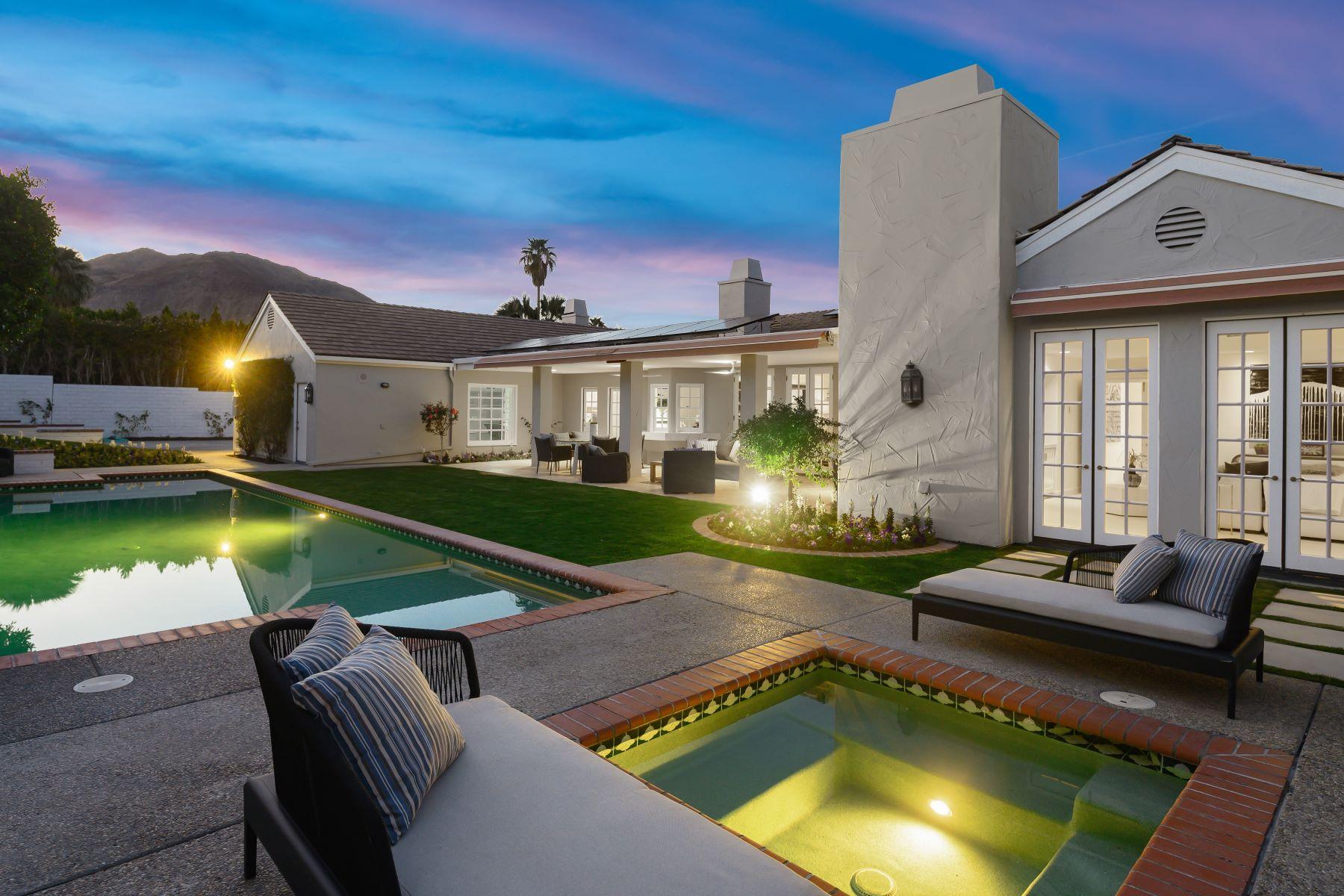 Single Family Homes para Venda às Palm Desert, Califórnia 92260 Estados Unidos