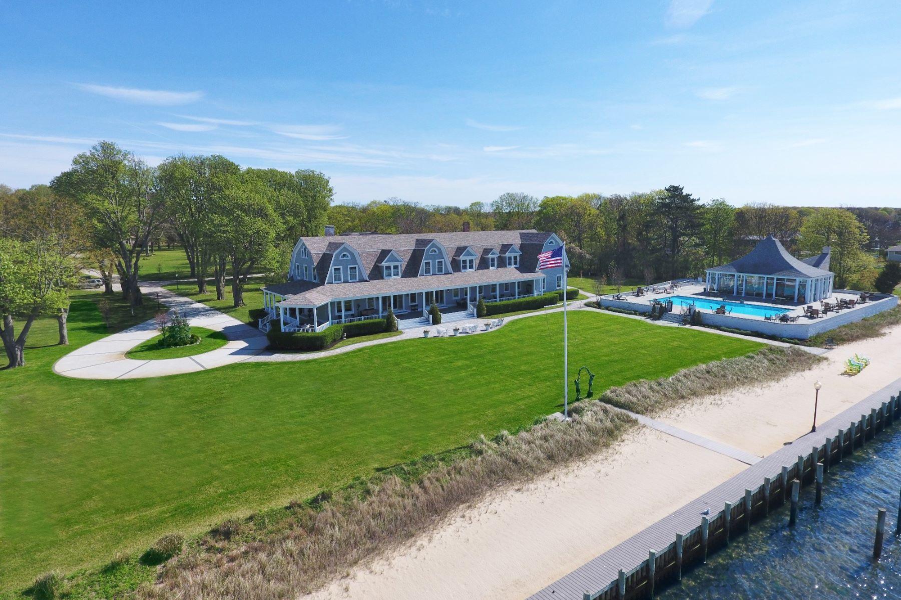 獨棟家庭住宅 為 出售 在 The Lindenmere Estate 16 Sedgemere Road Center Moriches, 紐約州, 11934 美國