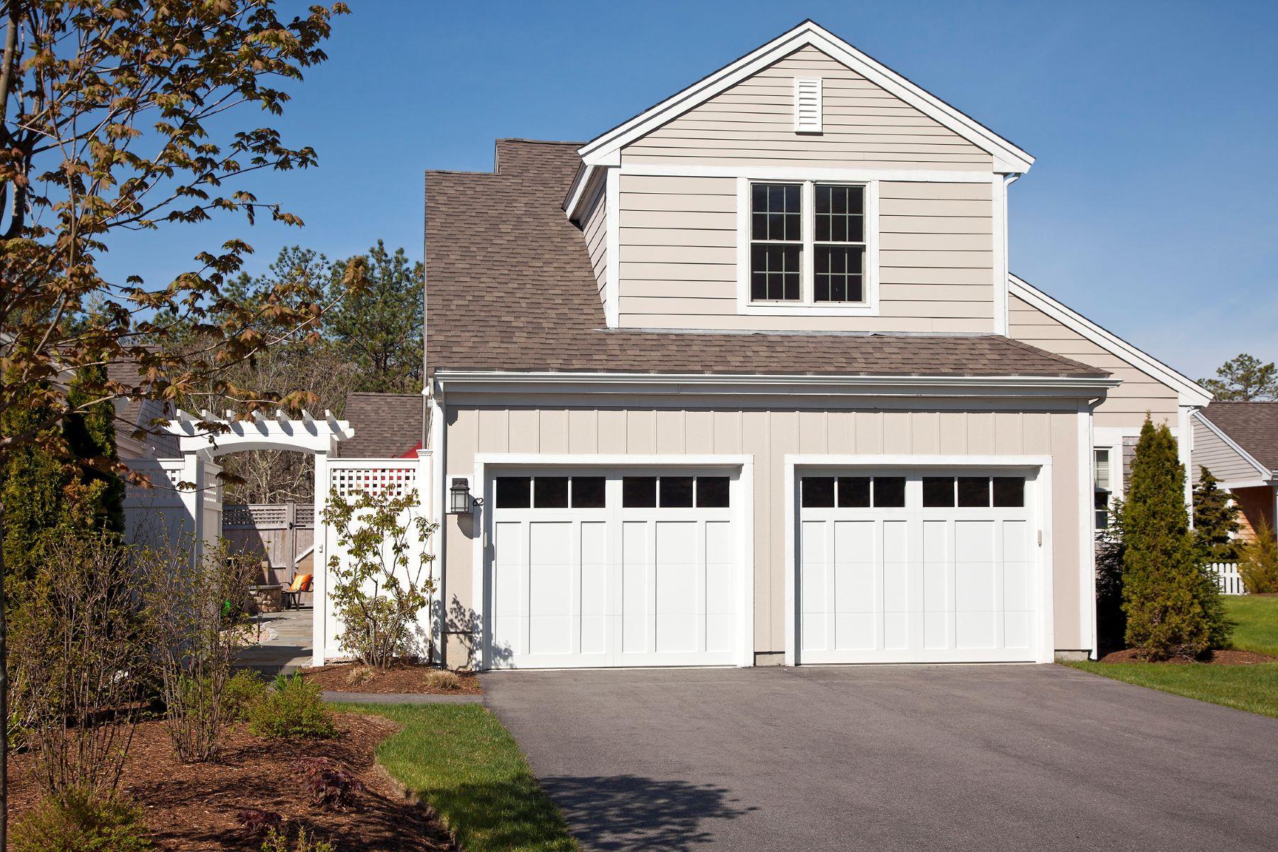 Appartement en copropriété pour l Vente à Luxury Townhome with Golf View 62 Conifer Hill Plymouth, Massachusetts, 02360 États-Unis