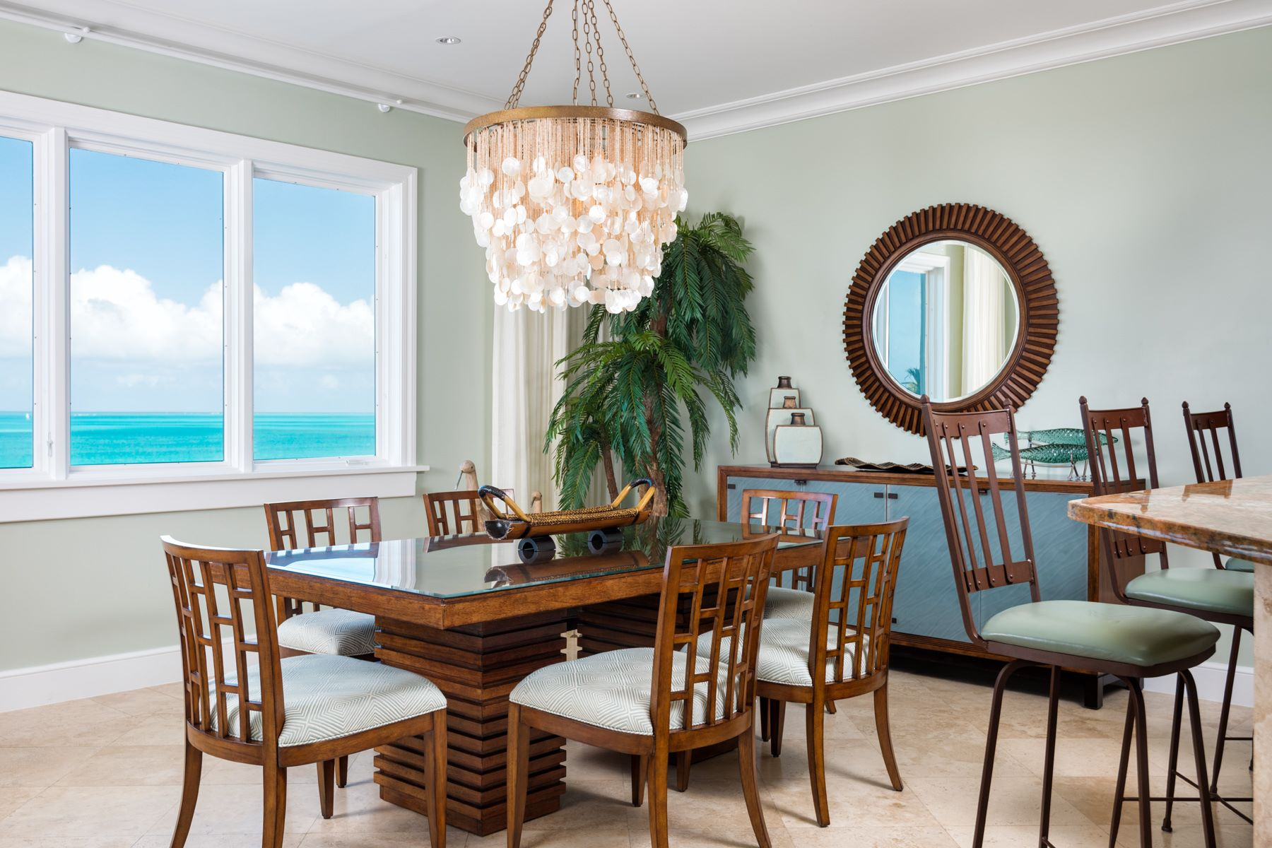 Additional photo for property listing at The Regent Grand - Suite 305 The Regent Grand, Grace Bay, Providenciales Turks And Caicos Islands