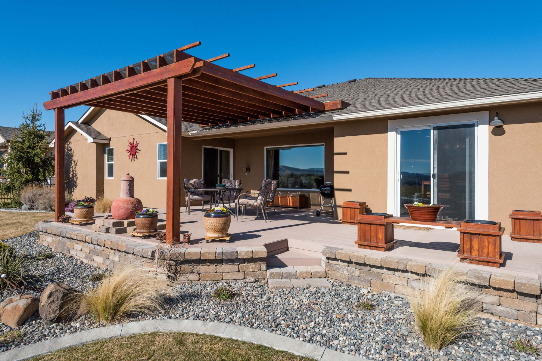 Частный односемейный дом для того Продажа на On 14th Green in Horn Rapids 2717 Stonecreek, Richland, Вашингтон, 99354 Соединенные Штаты