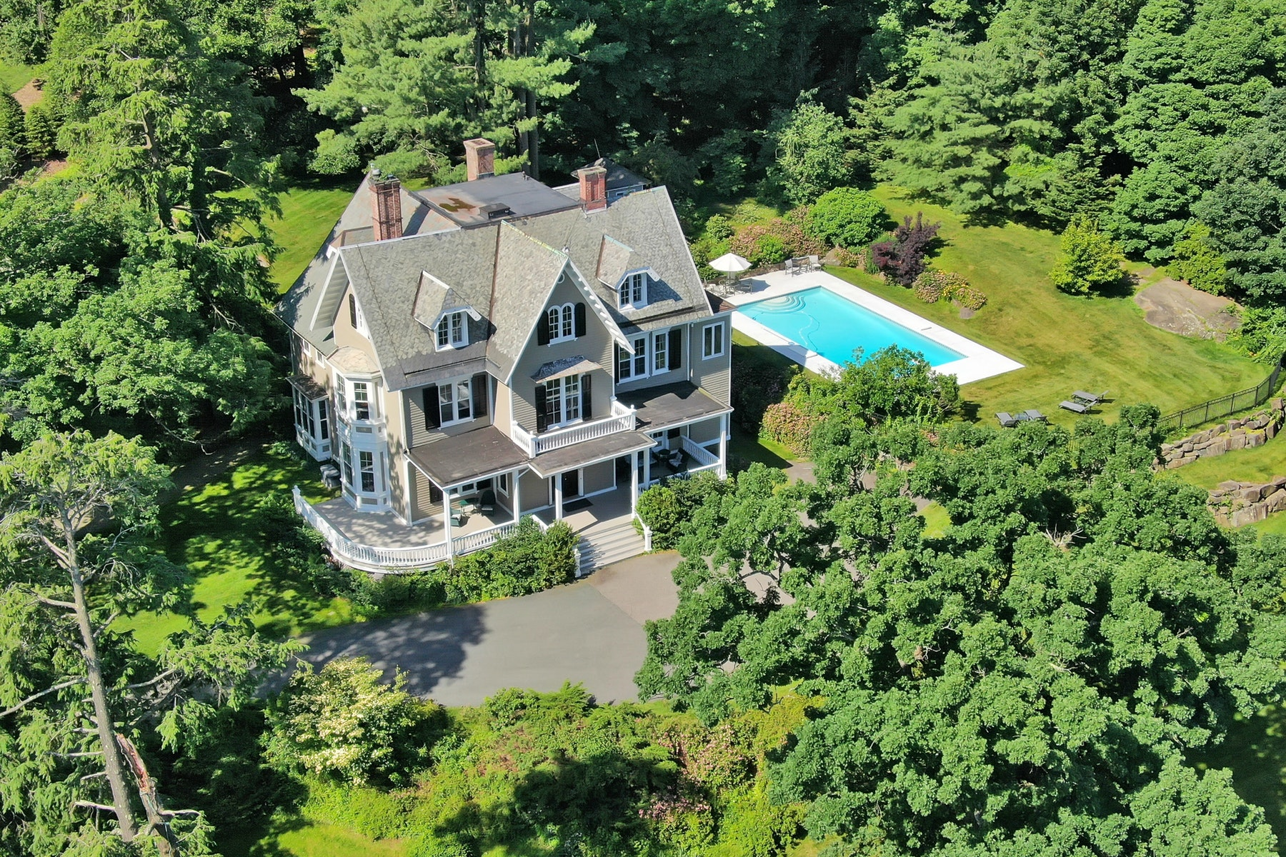 """Single Family Homes for Sale at """"Seven Oaks"""" 64 Ludlow Lane Palisades, New York 10964 United States"""