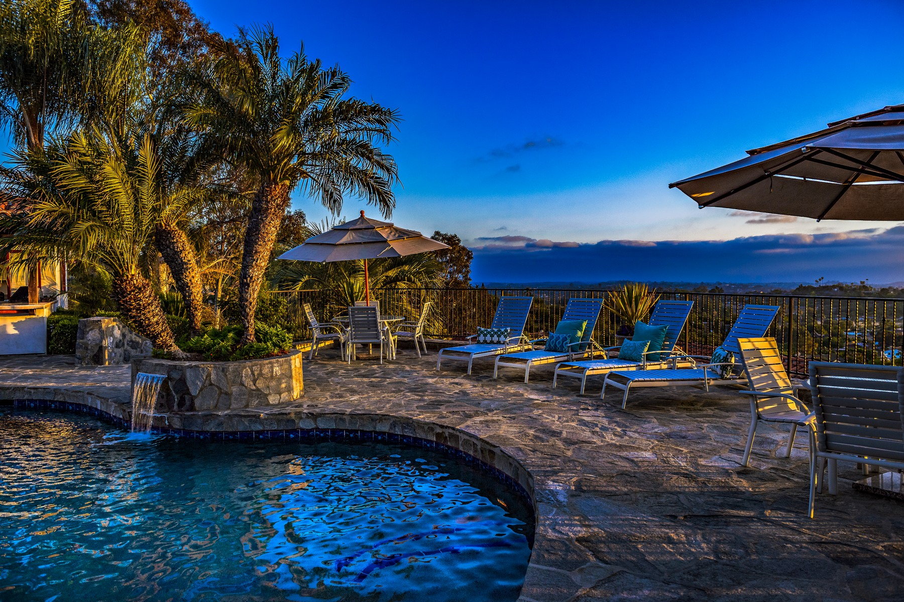 Single Family Homes for Sale at 2465 Catalina Avenue Vista, California 92084 United States