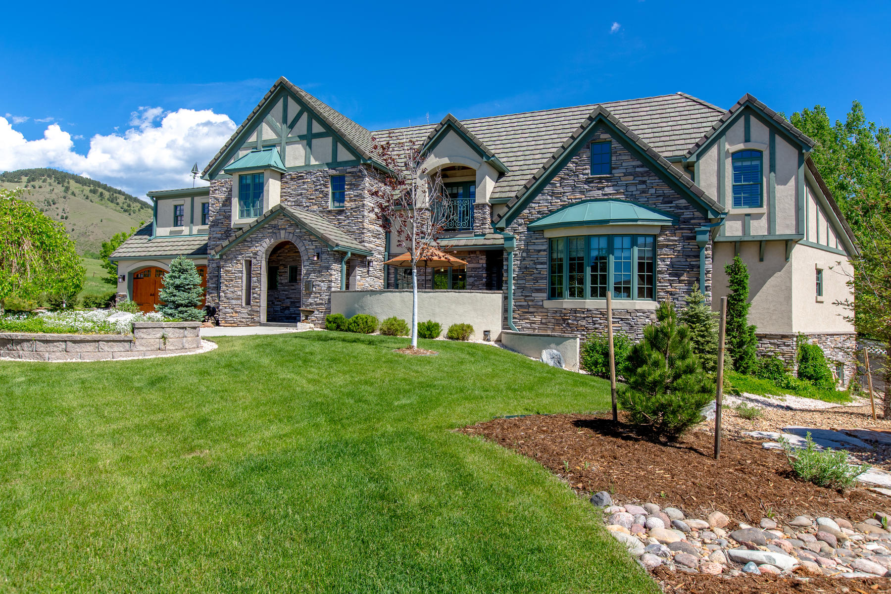 Property for Active at One Of A Kind Location With Impressive Views 1552 Jesse Ln Golden, Colorado 80403 United States