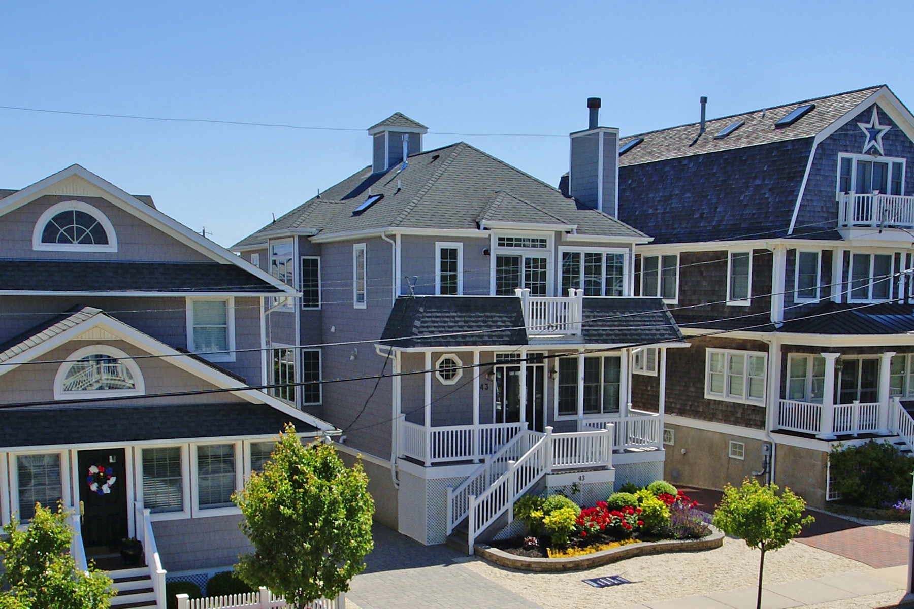 Single Family Homes por un Venta en Custom Built Oceanblock Home 43 3rd Avenue Normandy Beach, Nueva Jersey 08739 Estados Unidos