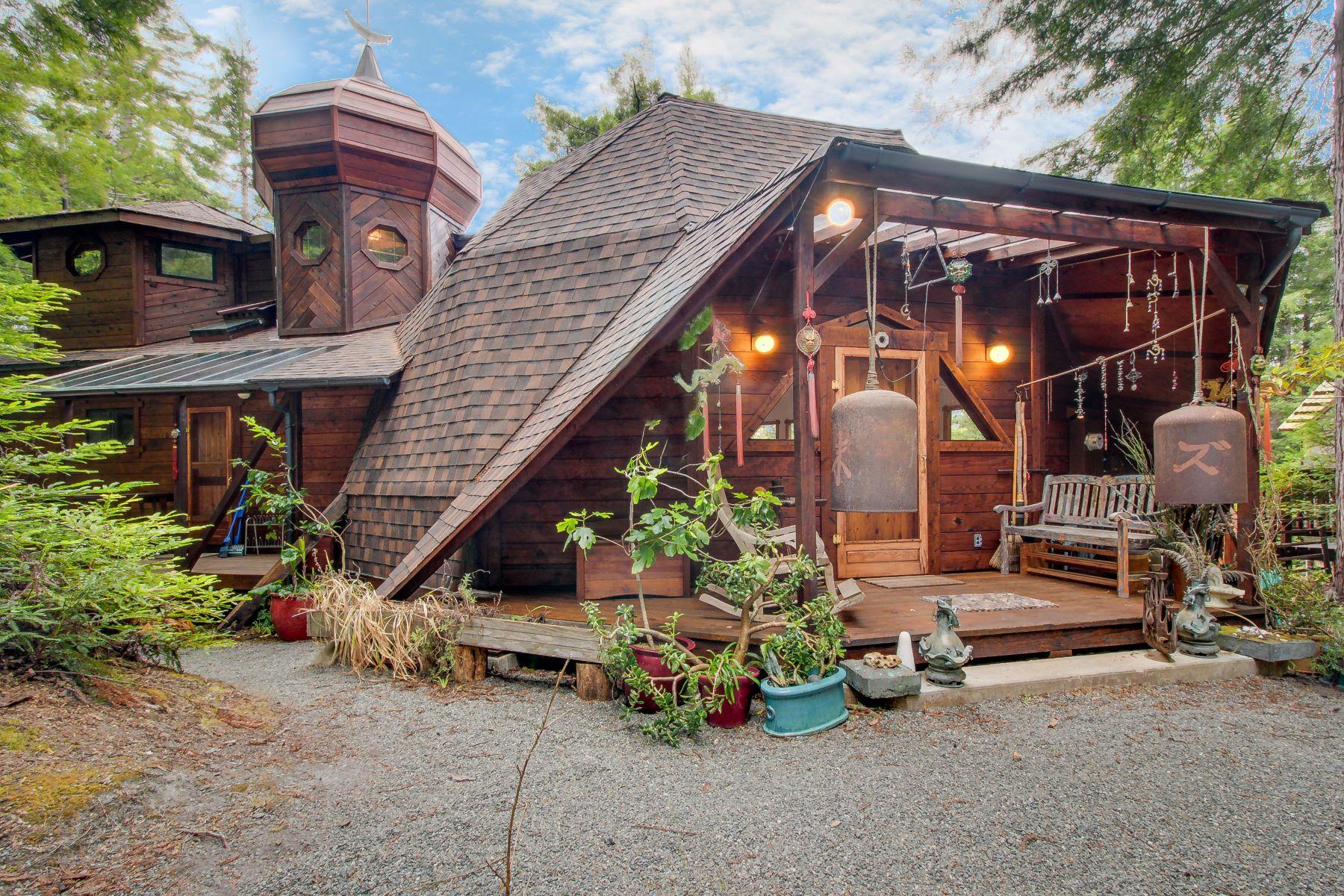 Single Family Homes para Venda às Middle Earth Mendocino 44151 Surfwood Drive, Mendocino, Califórnia 95460 Estados Unidos