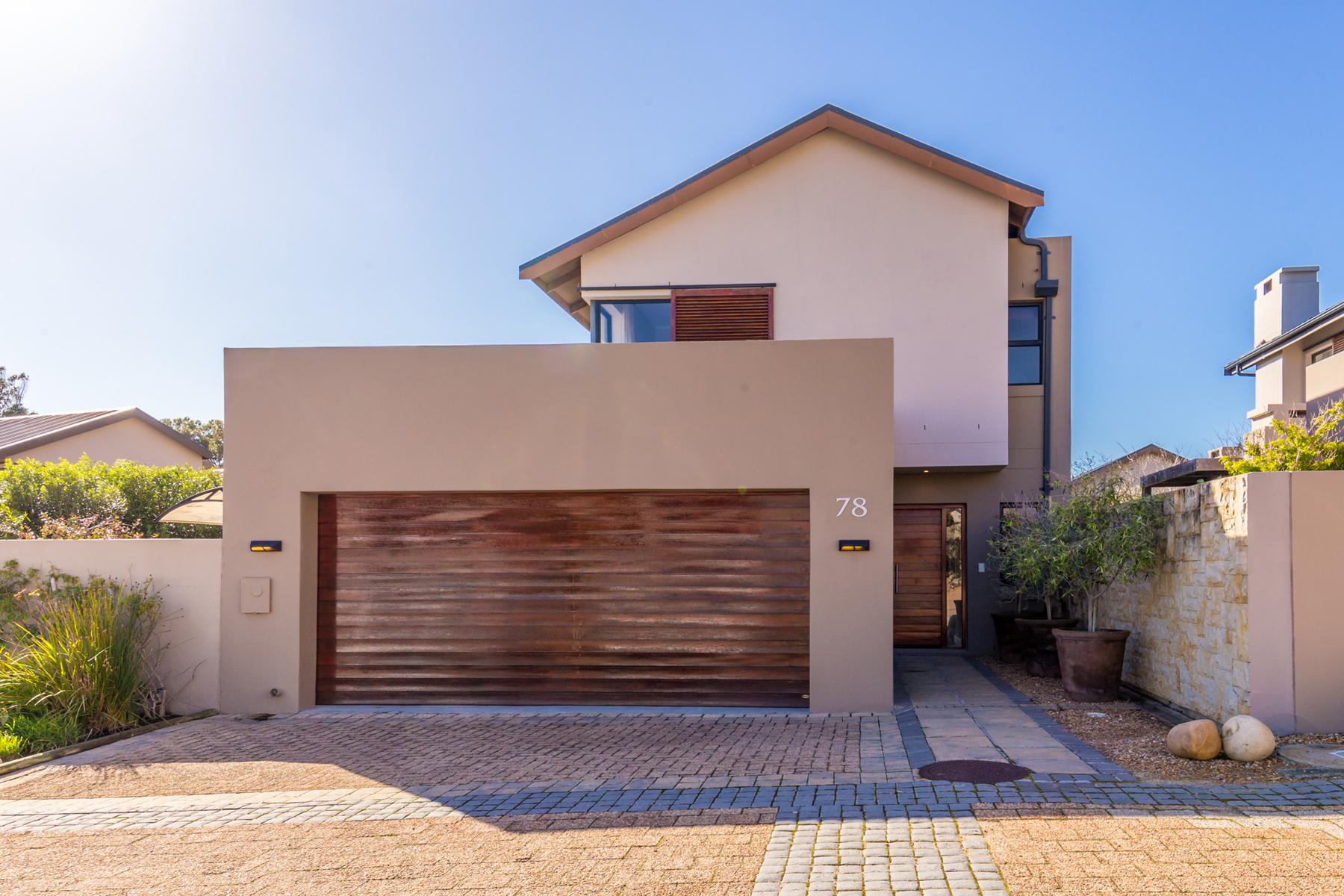 独户住宅 为 销售 在 Stonehurst Mountain Estate 开普敦, 西开普省, 7945 南非