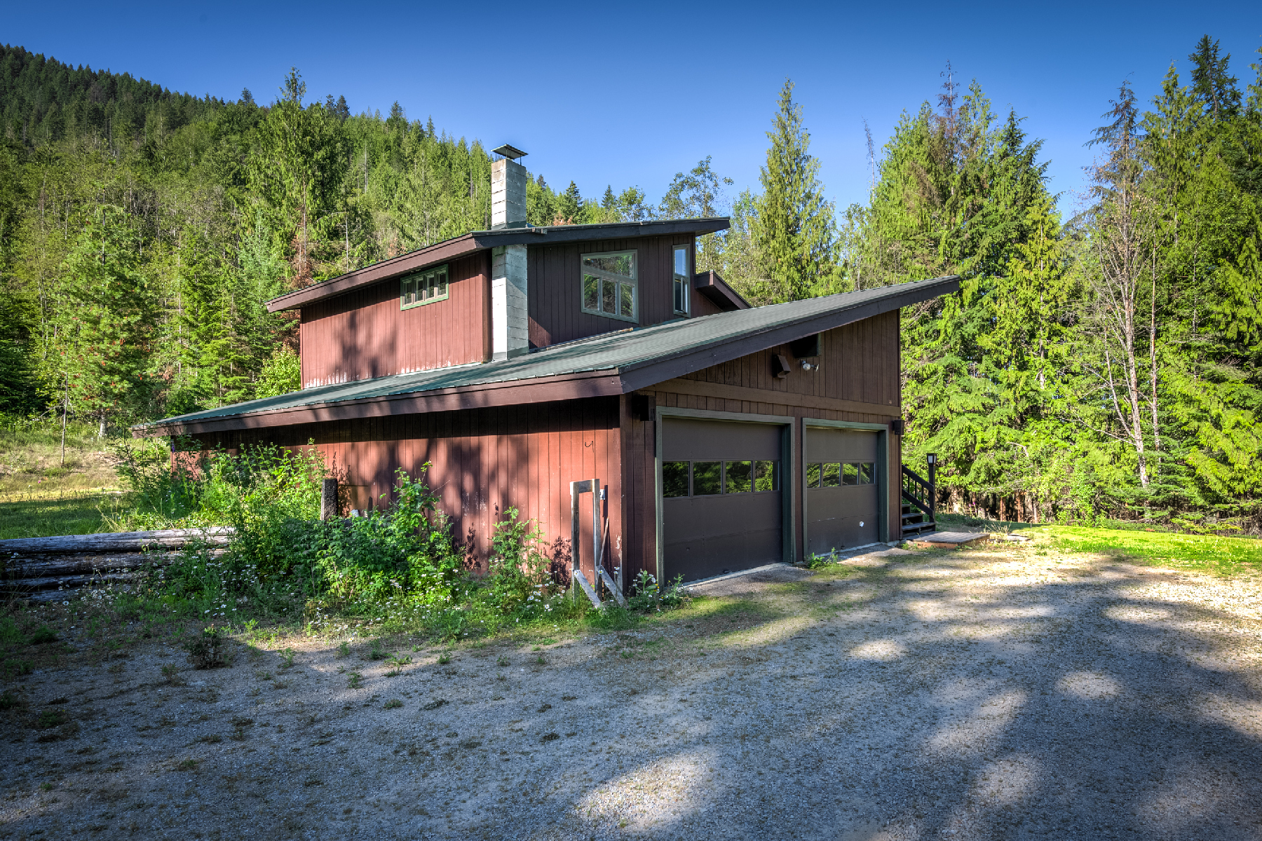Single Family Home for Active at Dream Acreage with Creek! 1722 Trestle Creek Rd Hope, Idaho 83836 United States