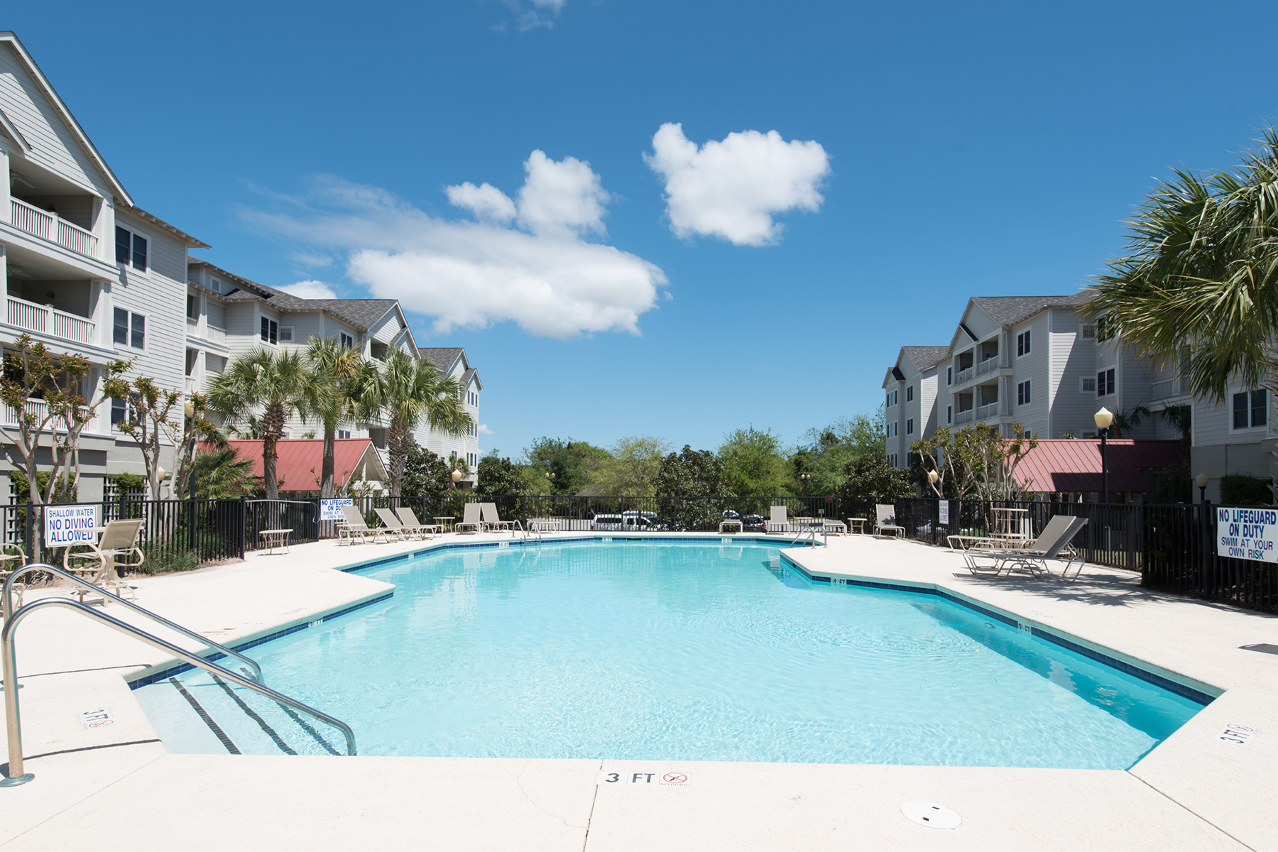 Condominio per Vendita alle ore 1984 Folly Road B210 Charleston, Carolina Del Sud, 29412 Stati Uniti