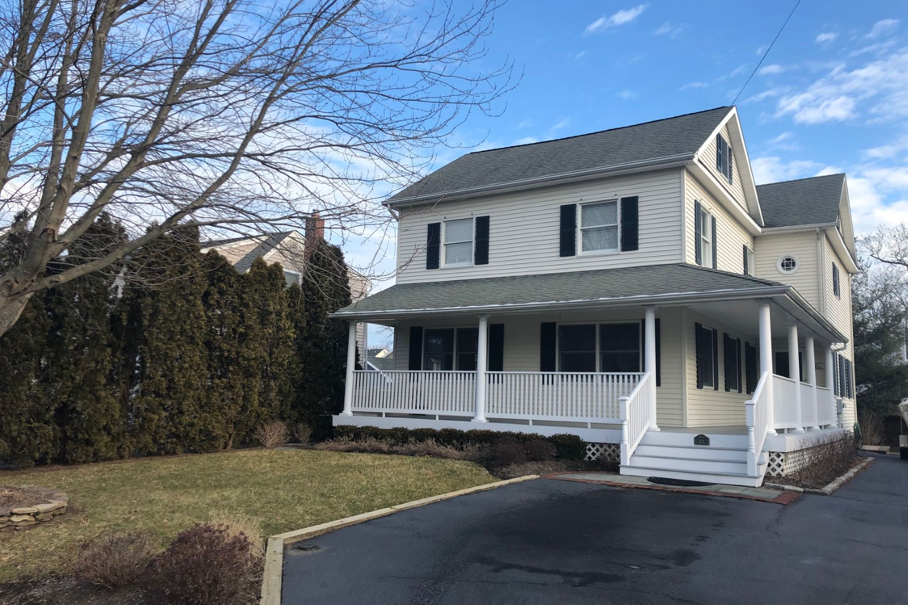 Single Family Home for Sale at Fair Haven Colonial 41 William St, Fair Haven, New Jersey 07704 United States