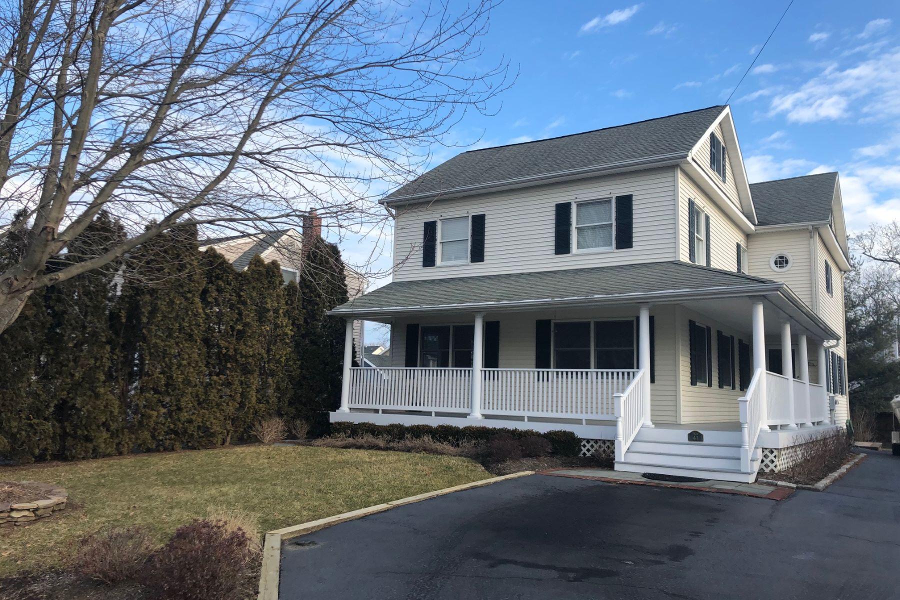 Villa per Vendita alle ore Fair Haven Colonial 41 William St, Fair Haven, New Jersey 07704 Stati Uniti