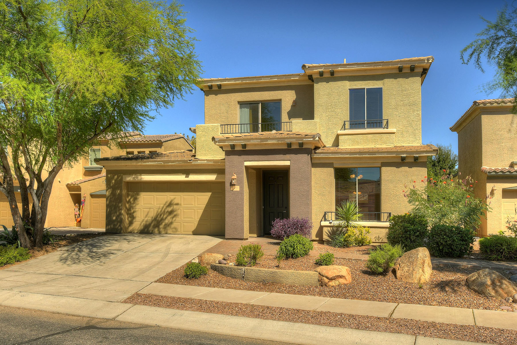 Single Family Homes for Active at Lakefront Property 15191 S Via Del Encanto Sahuarita, Arizona 85629 United States