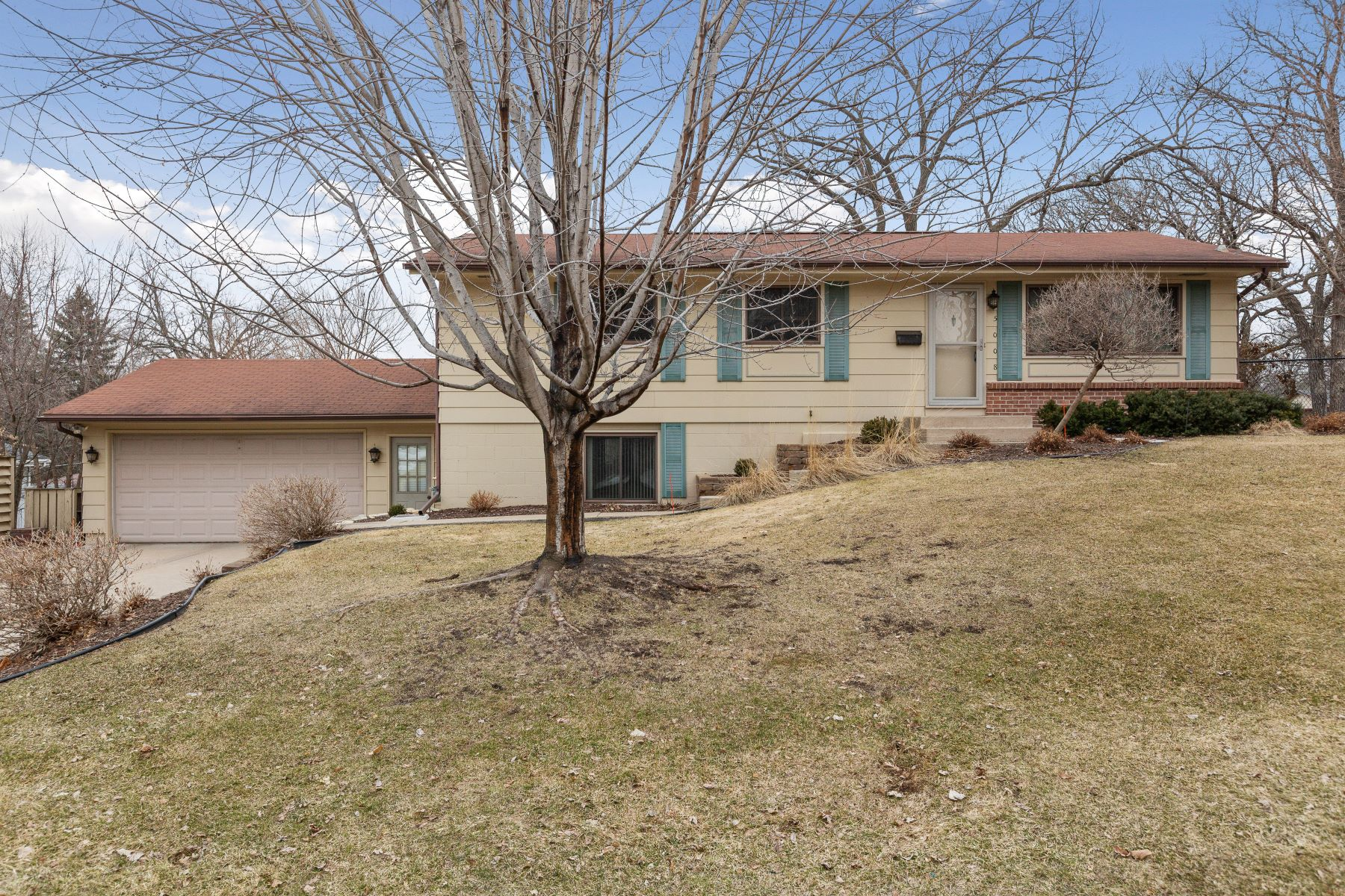 Single Family Homes for Sale at 5008 W 108th Street Bloomington, Minnesota 55437 United States