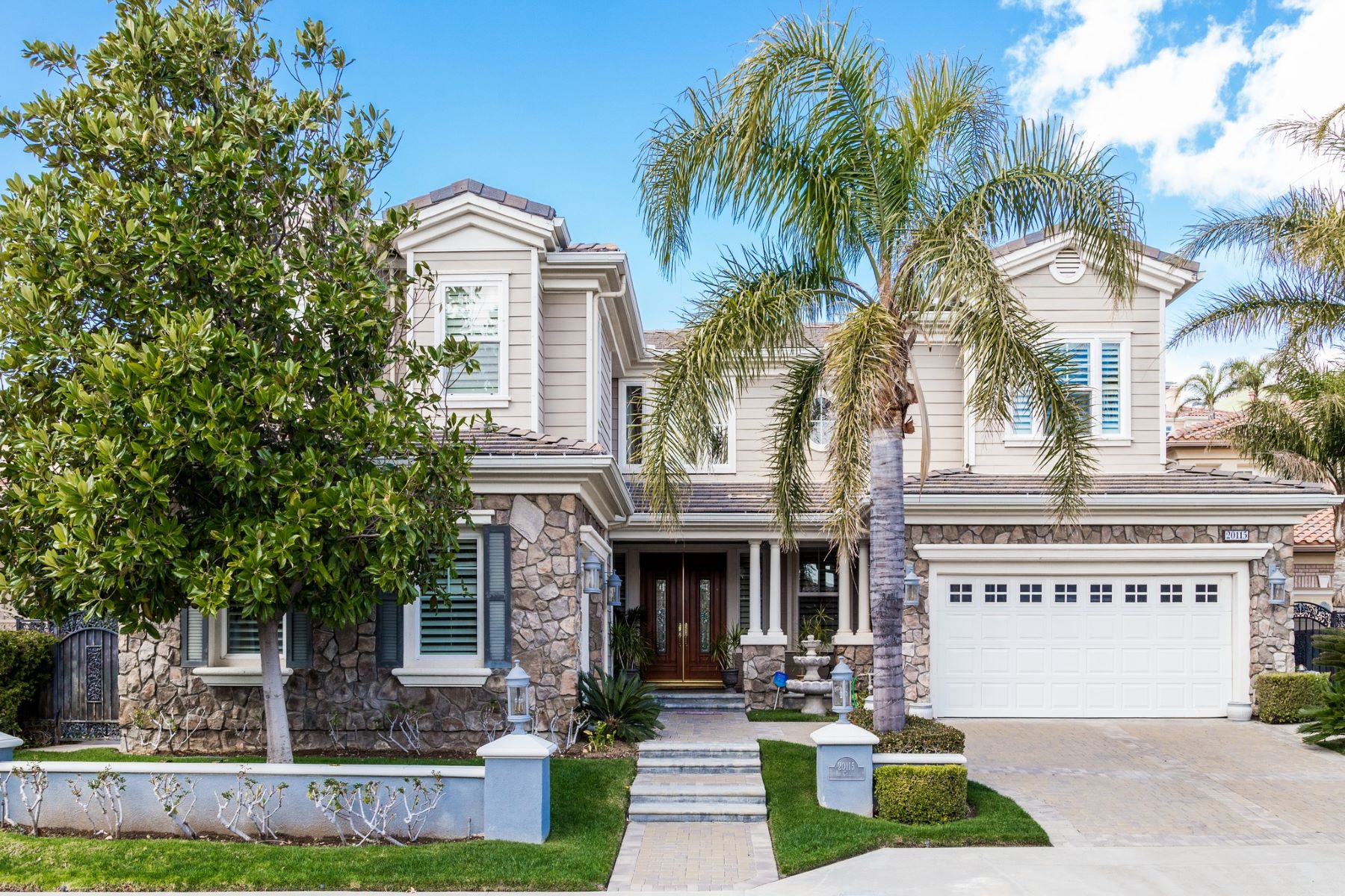 Single Family Homes for Sale at 20115 Via Cellini Porter Ranch, California 91326 United States