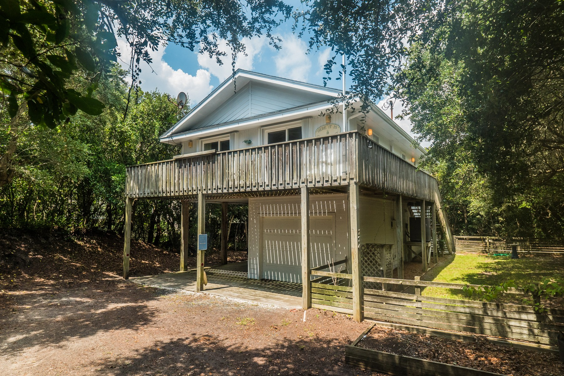Single Family Home for Sale at Simplicity Awaits at this Beach House 474B N Anderson Boulevard, Topsail Beach, North Carolina, 28445 United States