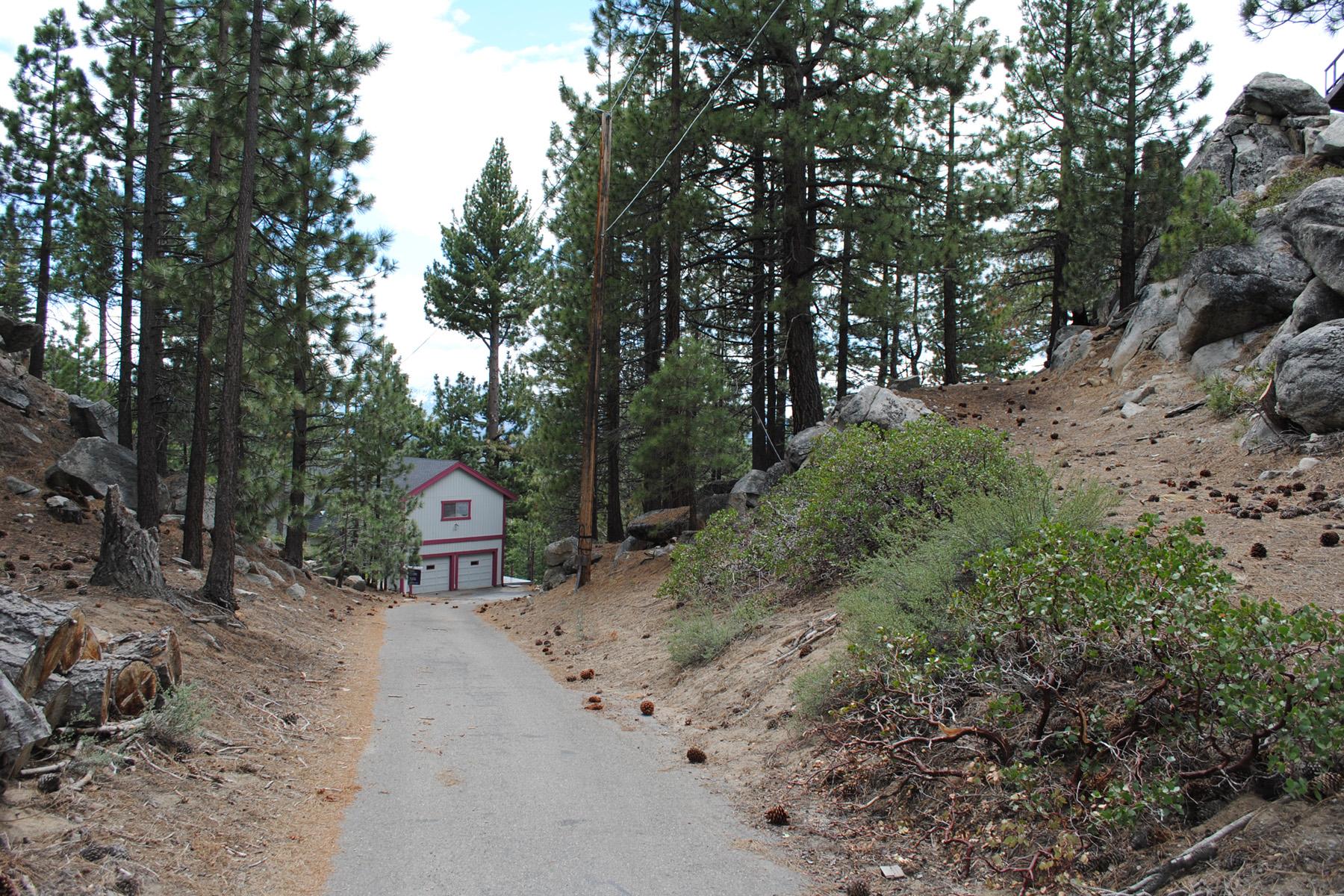 独户住宅 为 销售 在 194 Hubbard Drive, Stateline, Nevada 89449 Stateline, 内华达州 89449 美国