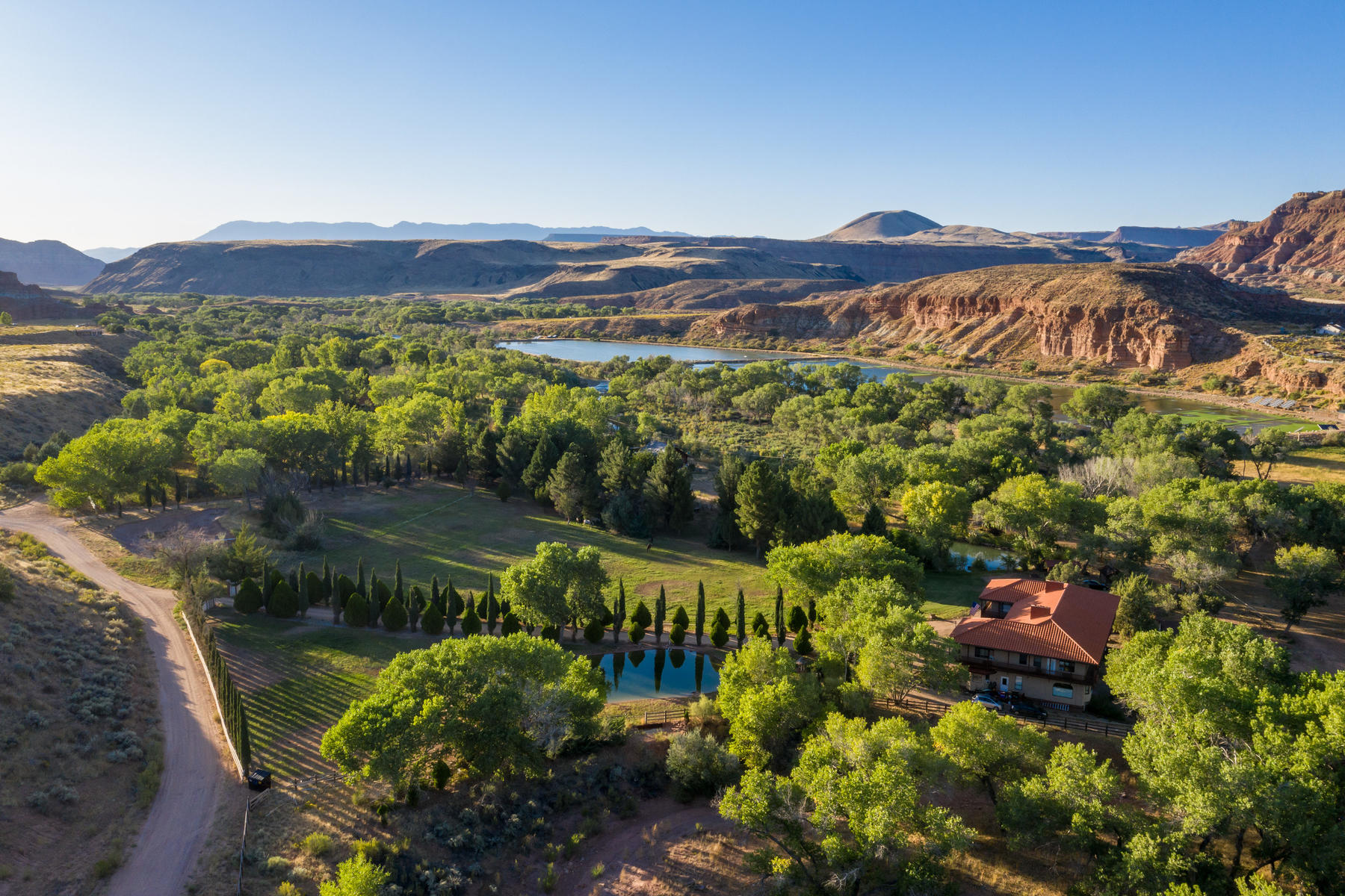 Single Family Homes for Sale at Lush Hidden Virgin River Estate 991 West 230 South (Grafton Road), Rockville, Utah 84763 United States