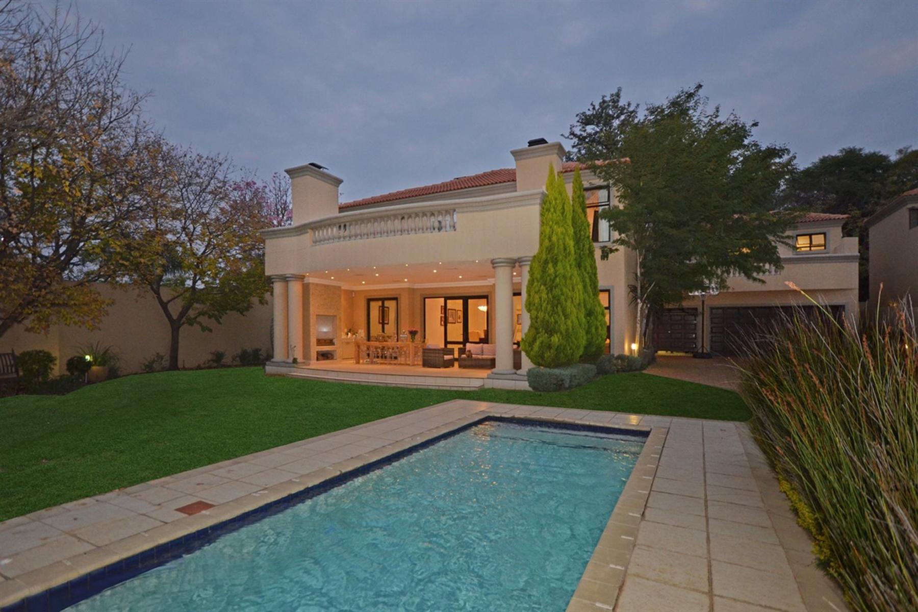 獨棟家庭住宅 為 出售 在 Bryanston Johannesburg, Gauteng South Africa