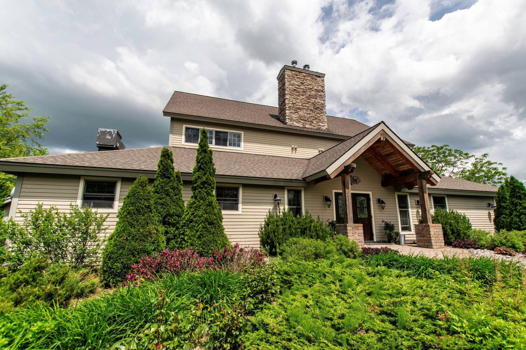 Vineyard Real Estate för Försäljning vid Estate winery and distillery 4051 Yancey Road, Lowville, New York 13367 Förenta staterna