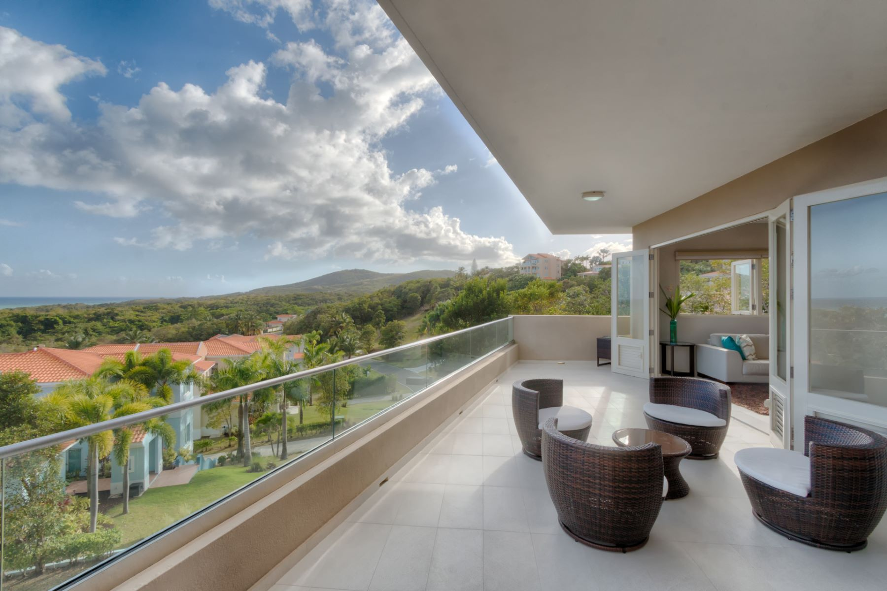 Additional photo for property listing at Ocean View Contemporary at Shell Castle Club 86 Shell Castle Club Palmas Del Mar, Puerto Rico 00791 Puerto Rico
