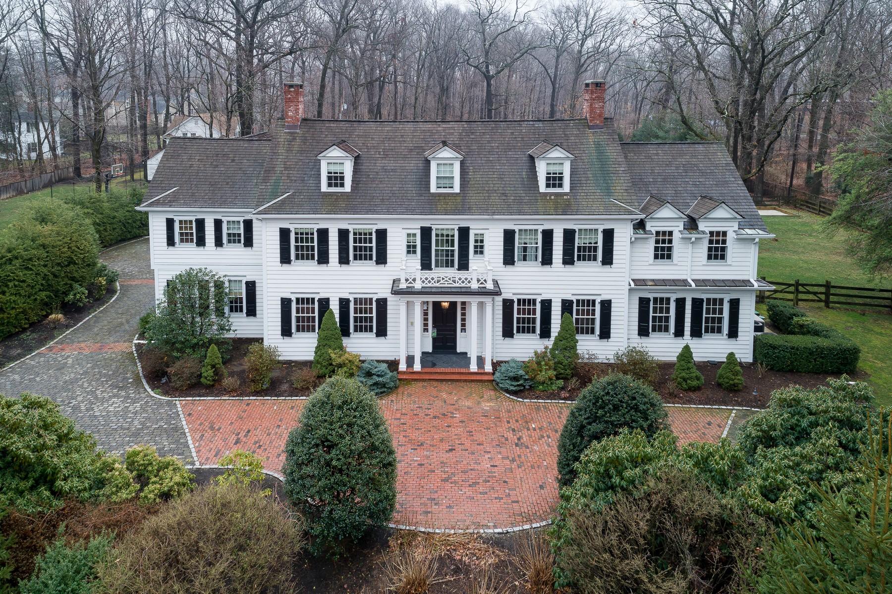 一戸建て のために 売買 アット Colonial Revival Home 21 Normandy Parkway Morris Township, ニュージャージー, 07960 アメリカ合衆国