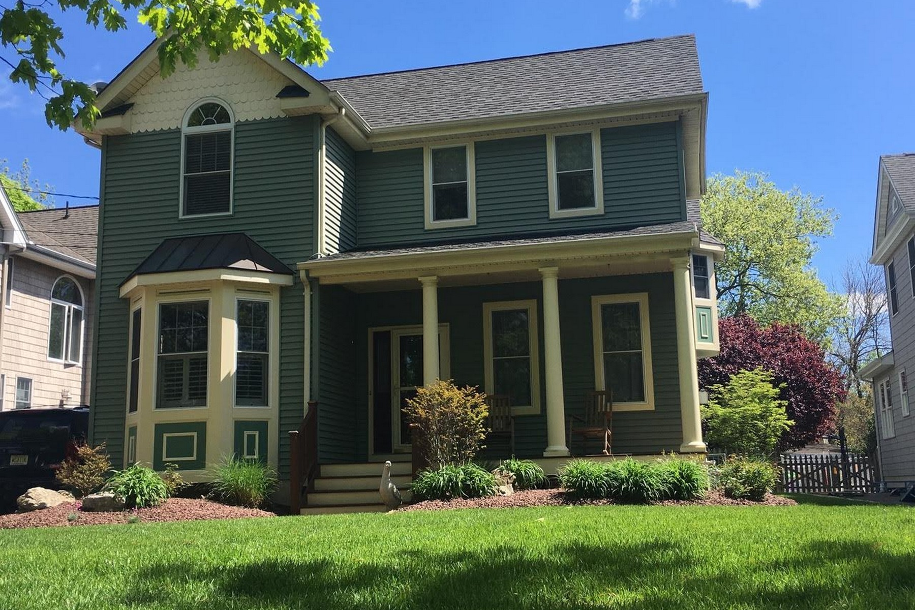 Single Family Home for Sale at Exhilarating Lifestyle 17 Forrest Ave Rumson, New Jersey, 07760 United States