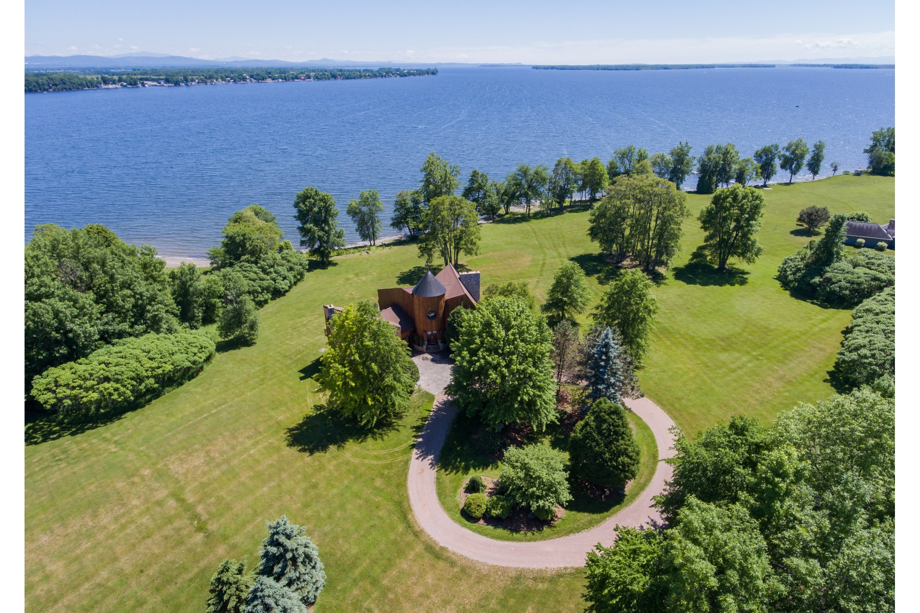 single family homes for Sale at Rare Beach/View- Lake Champlain VT 33 Mcgregor Pt Alburgh, Vermont 05440 United States