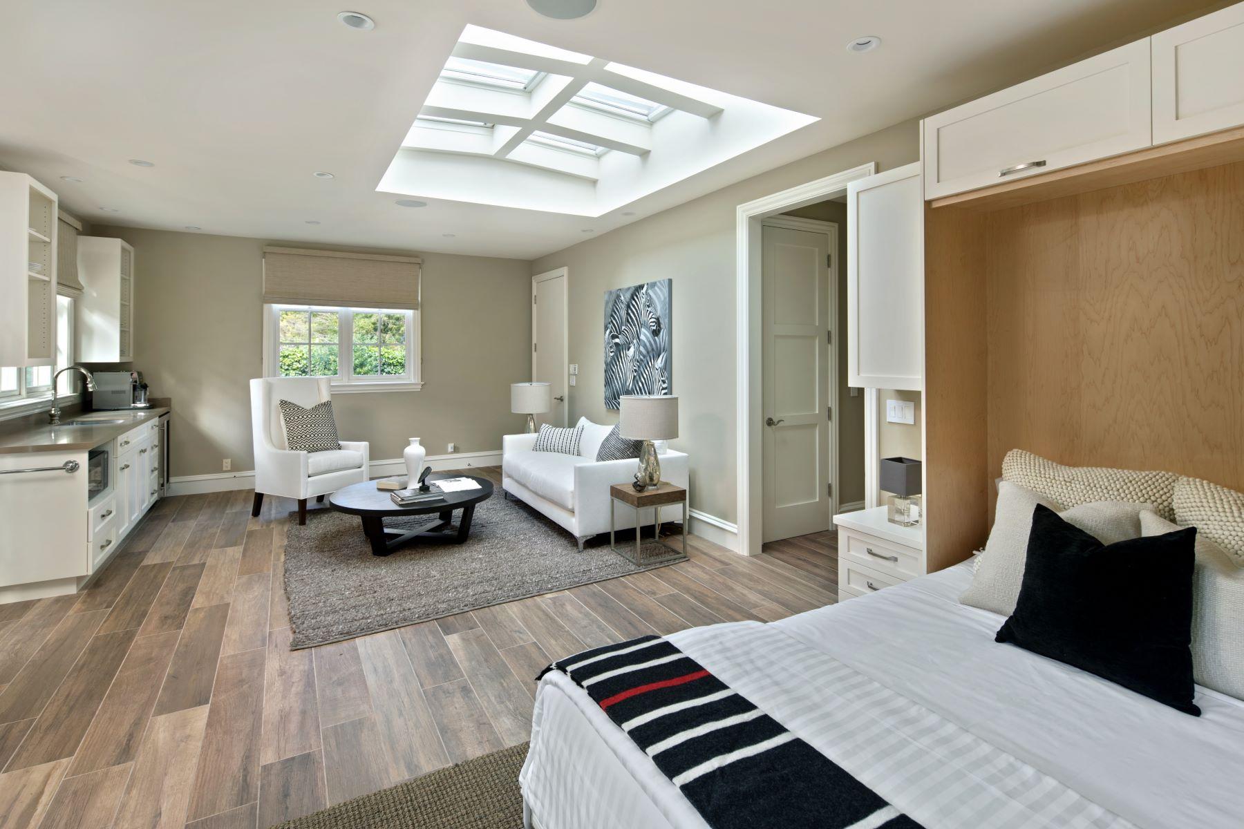 Additional photo for property listing at 83 Tuscaloosa Ave  Atherton, California 94027 United States