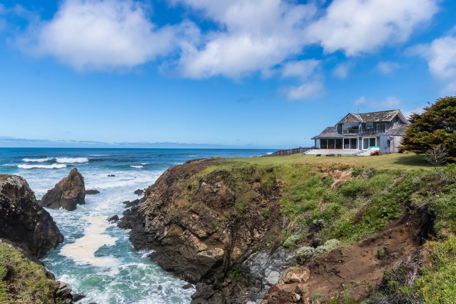 Single Family Homes for Sale at Seashine 31451 Bay View Ave Fort Bragg, California 95437 United States