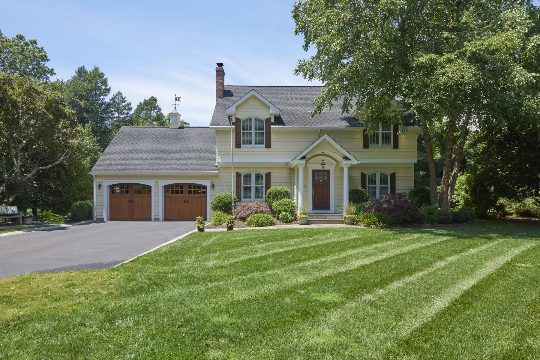 Vivienda unifamiliar por un Venta en Stunning Home 52 E End Ave Shrewsbury, Nueva Jersey 07702 Estados Unidos