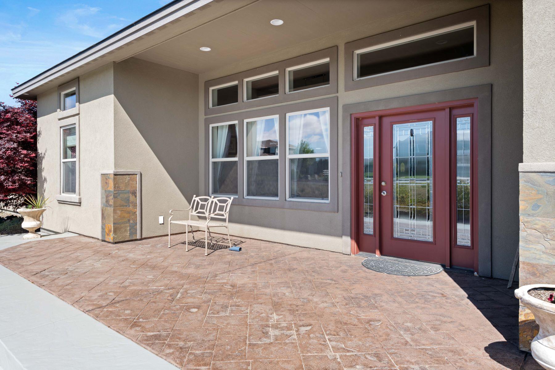 Single Family Homes 為 出售 在 .65 ACRES 2998 Karlee Drive, Richland, 華盛頓州 99352 美國