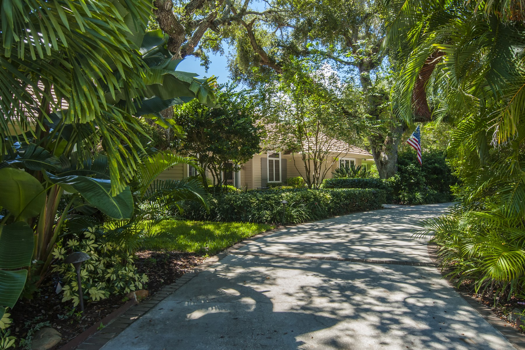 Single Family Home for Sale at Elegant Pool Home with Ocean to River Amenities 501 Marbrisa Drive Vero Beach, Florida 32963 United States
