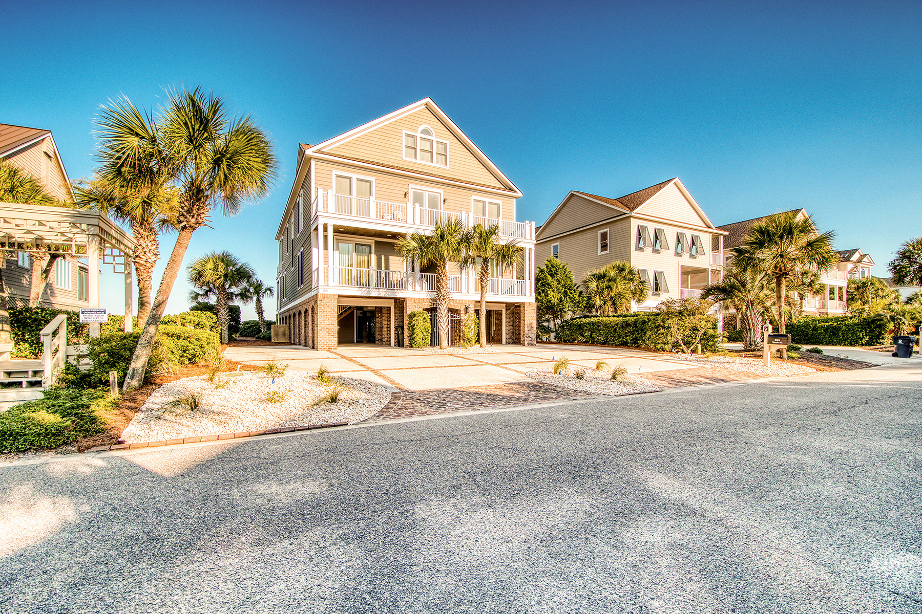 Single Family Homes for Sale at 891 Norris Drive Pawleys Island, South Carolina 29585 United States