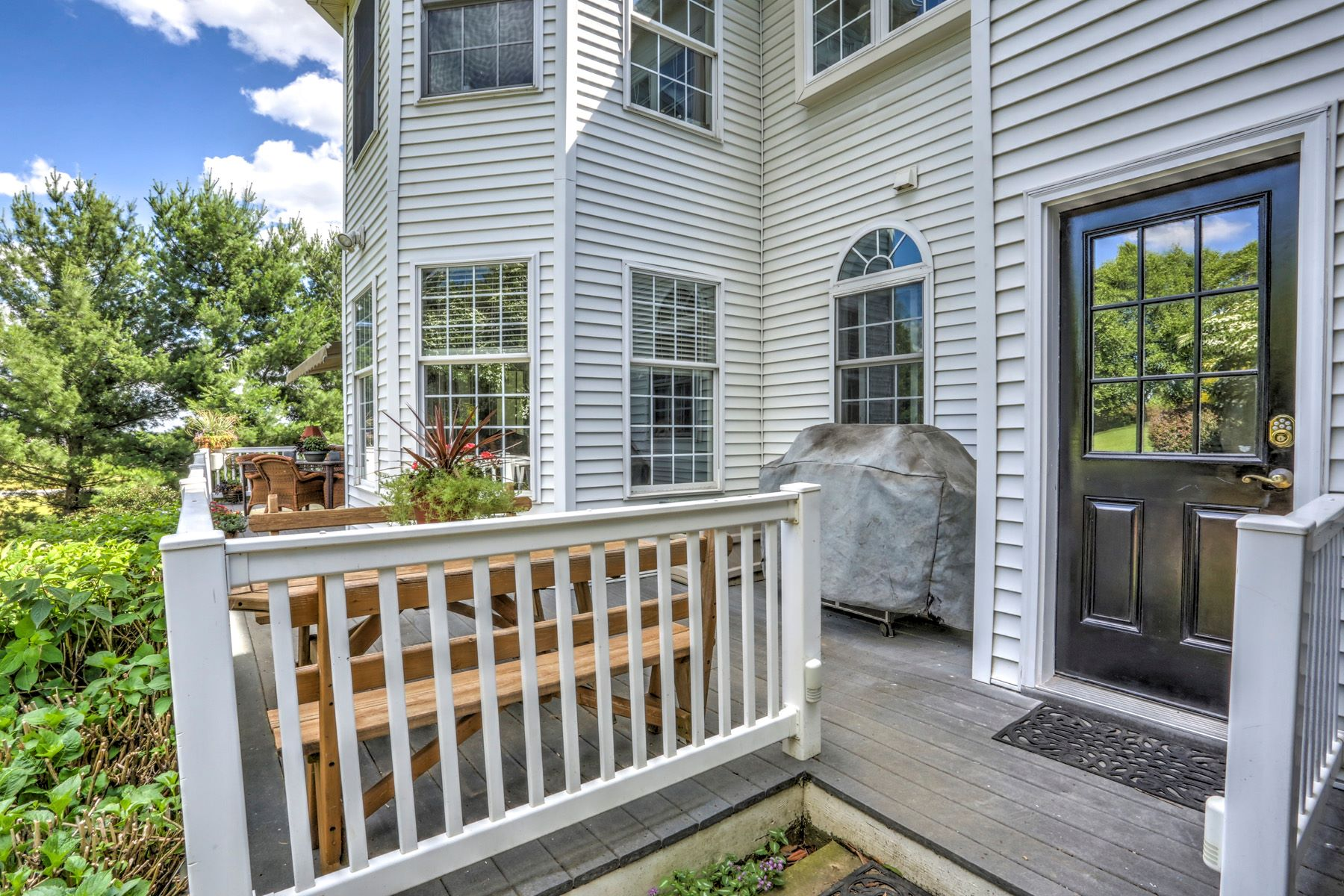 Additional photo for property listing at 195 W Millport Rd 195 W Millport Rd Lititz, Pennsylvania 17543 Estados Unidos