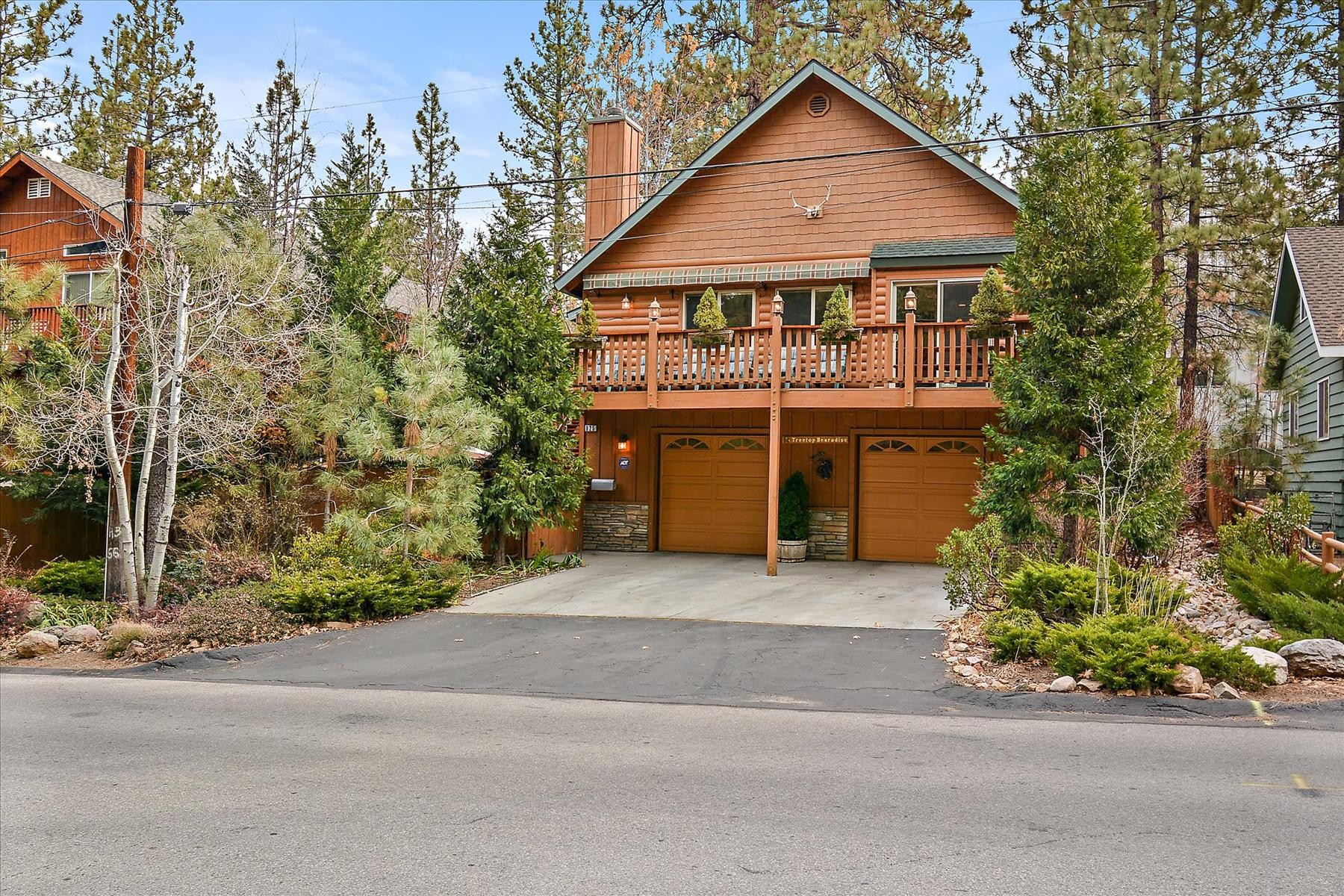 Single Family Homes for Sale at 625 Thrush Avenue, Big Bear Lake, California, 92315 625 Thrush Big Bear Lake, California 92315 United States