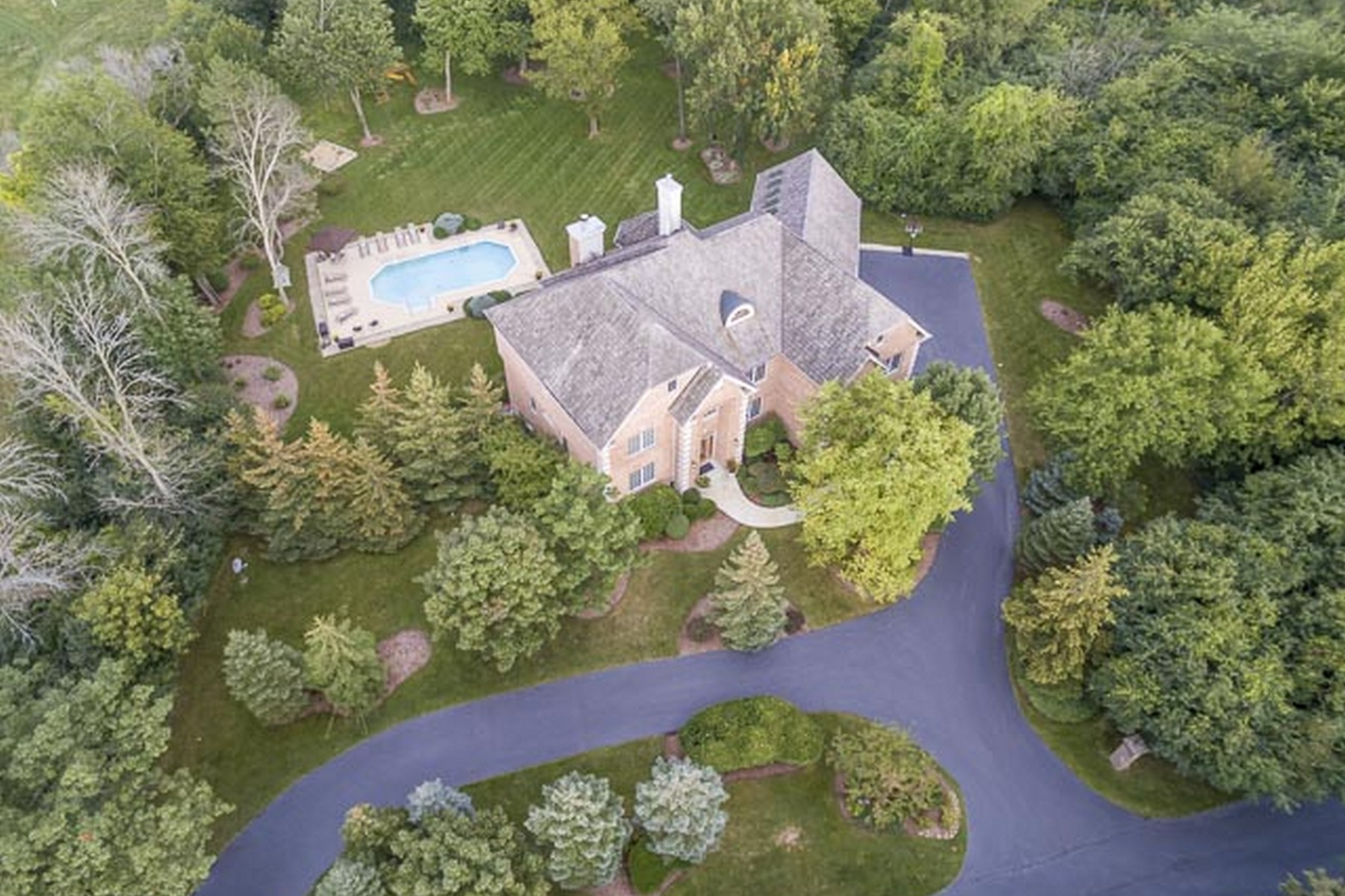 Villa per Vendita alle ore Exquisite Gated Estate 60 Dundee Road Barrington Hills, Illinois, 60010 Stati Uniti