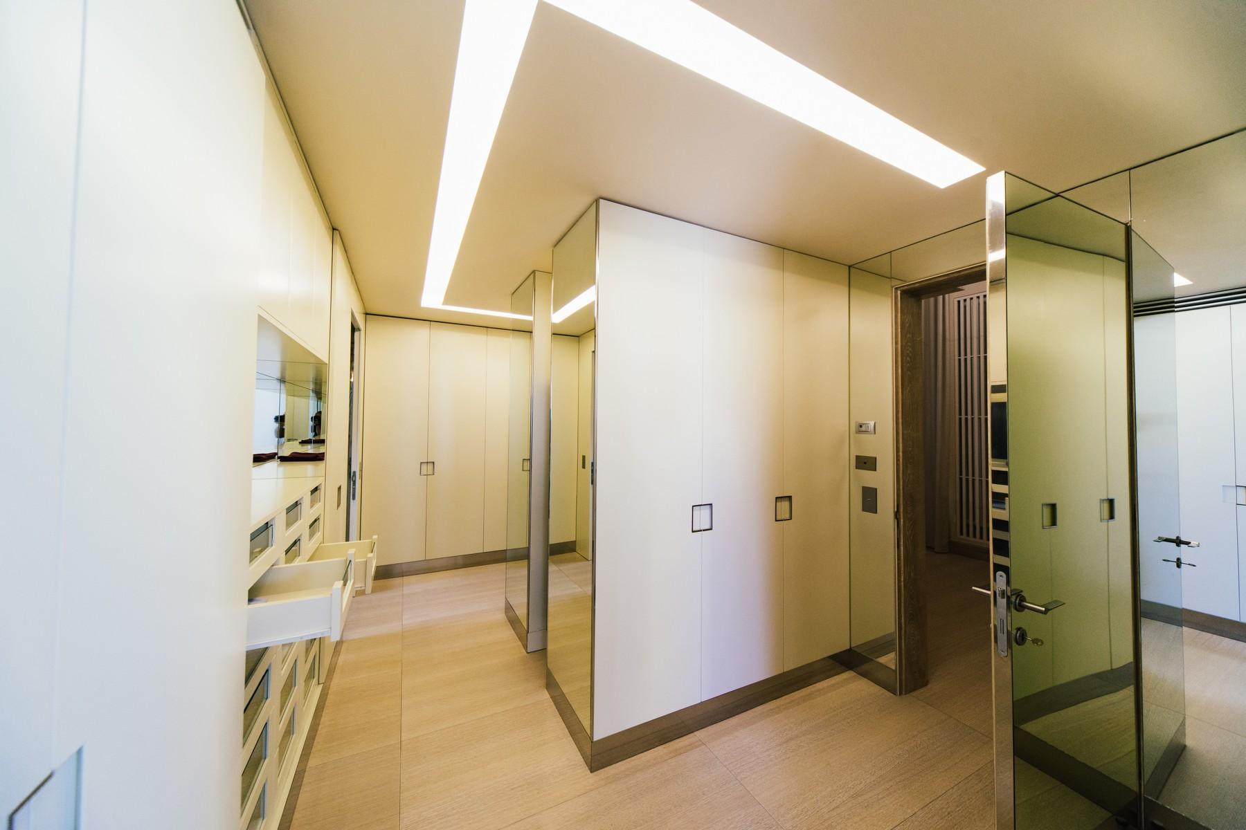 Additional photo for property listing at Unique seafront villa in Emerald Coast Via Grecale Porto Rotondo, Olbia Tempio 07026 Italy